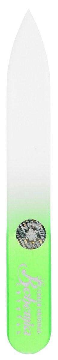 Bohemia Пилочка для ногтей, стеклянная, чехол из мягкого пластика, цвет: зеленый. 0902FMS-101Стеклянная пилочка Bohemia подходит как для натуральных, так и для искусственных ногтей. Она прекрасно шлифует и придает форму ногтям. После пользования стеклянной пилочкой ногти не слоятся и не ломаются. При уходе за накладными ногтями во время работы ее рекомендуется периодически смачивать в воде. Поверхность стеклянной пилочки не поддается коррозии.К пилочке прилагается замшевый чехол.Материал пилочки: богемское стекло.