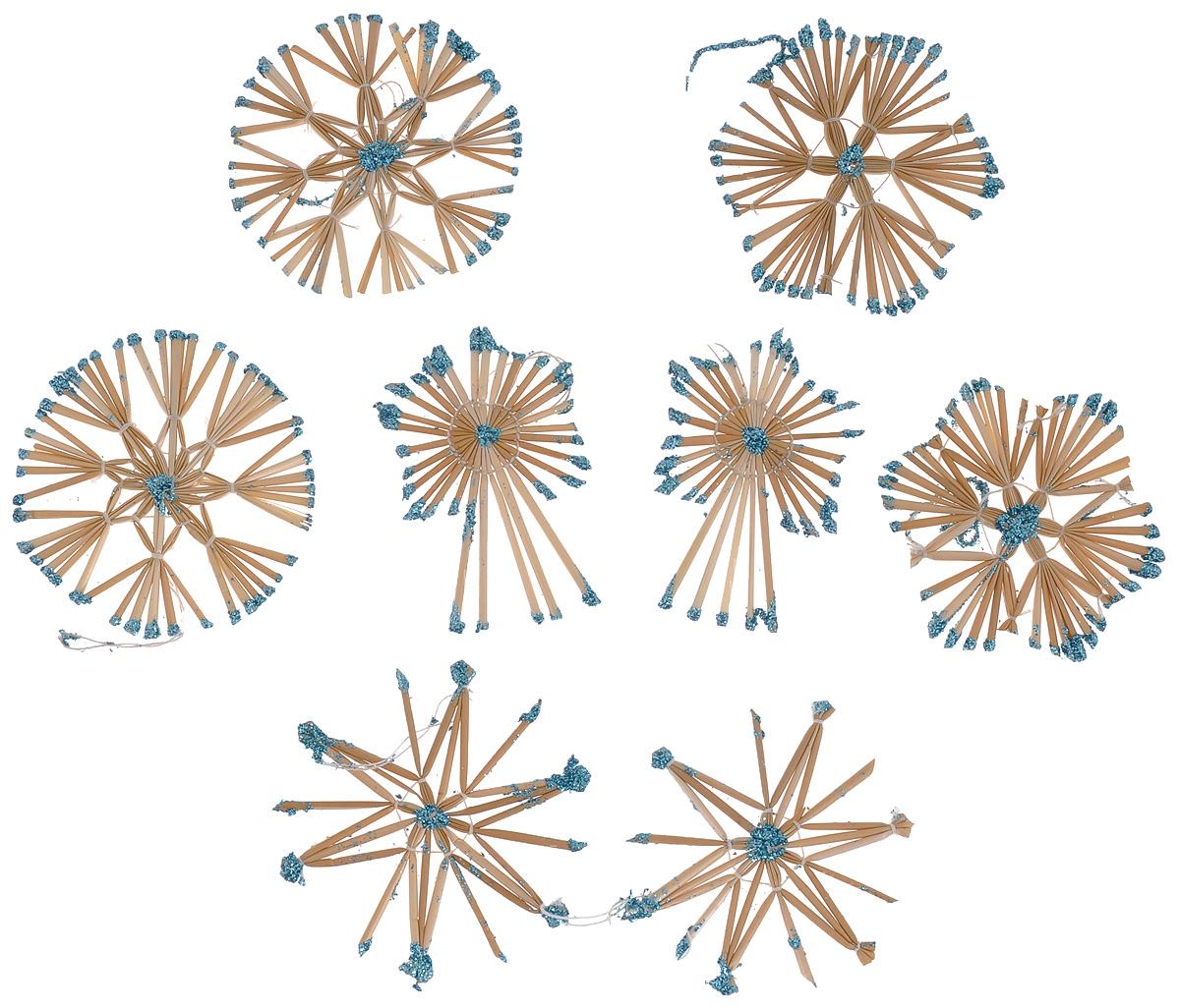Набор новогодних подвесных украшений Феникс-презент Magic Time, цвет: бирюзовый, светло-коричневый, 8 шт38196Набор Феникс-презент Magic Time, состоящий из 8 новогодних подвесных украшений, отлично подойдет для декорации вашего дома и новогодней ели. Изделия выполнены из соломы в виде снежинок и звезд, оформленных блестками. Украшения имеют специальные петельки для подвешивания. Коллекция декоративных украшений Феникс-презент Magic Time принесет в ваш дом ни с чем не сравнимое ощущение праздника! Средний размер украшения: 8,5 см х 8,5 см.
