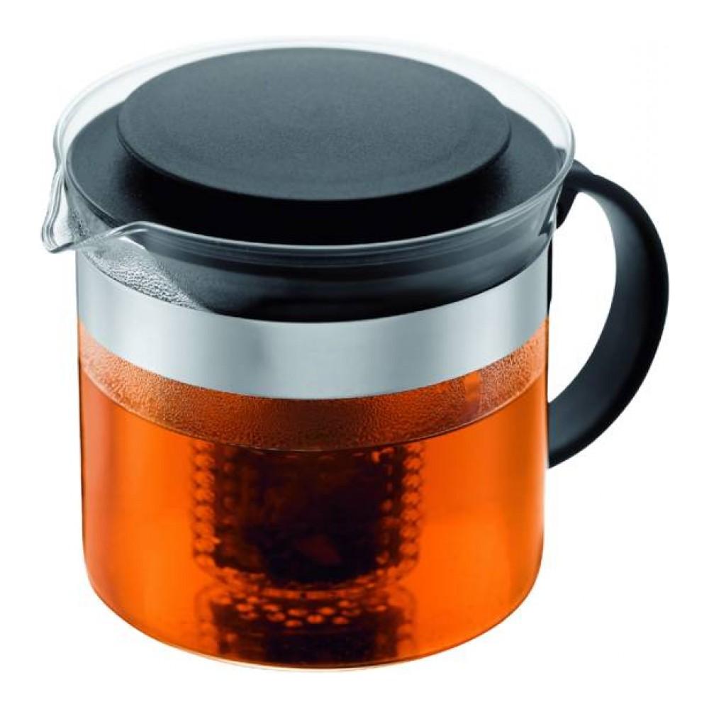 Чайник заварочный Bodum Bistro, с фильтром, 1 л1875-01Чайник Bodum Bistro оснащен пластиковым фильтром, вмещающим то количество чайных листьев, которое необходимо, чтобы получить 4-8 чашек восхитительного напитка. Все детали чайника пригодны для мытья в посудомоечной машине. Элегантный заварочный чайник займет достойное место на вашей кухне.