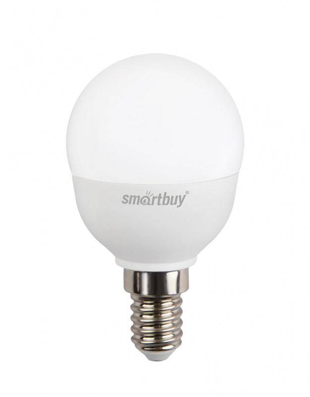 Лампа светодиодная Smartbuy, P45, холодный свет, цоколь Е14, 7 ВтC0042408Светодиодная лампа Smartbuy P45 - энергосберегающая лампа общего или декоративного освещения, подходит для замены ламп накаливания и галогенных. Благодаря своей экономичности, длительному сроку службы и экологичности светодиодные лампы выгодно отличаются от своих предшественников. Колба лампы выполнена в форме шара. Поверхность колбы матовая. Лампа P45 повторяет форму и размеры стандартных ламп типа шар и идеально подходит к любому светильнику, в котором используются данные типы ламп. В светодиодных лампах серии P45 применяются высокоэффективные светодиоды, обеспечивающие эффективность до 80 лм/Вт. При этом коэффициент цветопередачи ламп обеспечивается на уровне Ra>80. Особенности: - Хорошая цветопередача. - Отсутствие мерцания обеспечивает меньшую утомляемость глаз. - Высокоэффективный драйвер обеспечивает стабильную работу. - Устойчивость к механическому воздействию. - Большой срок службы - 30 000 часов работы. - Широкий рабочий температурный режим от -25° до +45°С. - Не содержит ртуть, экологически безопасна. Тип колбы: P45. Индекс цветопередачи: RA>80. Частота: 50 Гц. Напряжение: 220-240 В. Коэффициент мощности: 0,06.