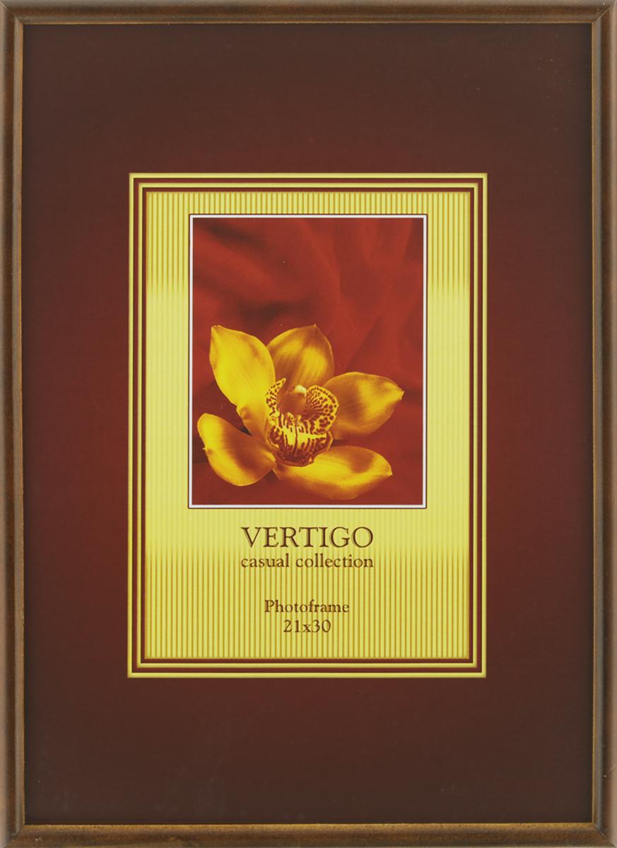 Фоторамка Vertigo Veneto, 21 см х 30 см12181 WF-019/181Фоторамка Vertigo Veneto выполнена из дерева и стекла, защищающего фотографию. Оборотная сторона рамки оснащена специальной ножкой, благодаря которой ее можно поставить на стол или любое другое место в доме или офисе. Также на изделии имеются специальные крепления для подвешивания. Такая фоторамка поможет вам оригинально и стильно дополнить интерьер помещения, а также позволит сохранить память о дорогих вам людях и интересных событиях вашей жизни.