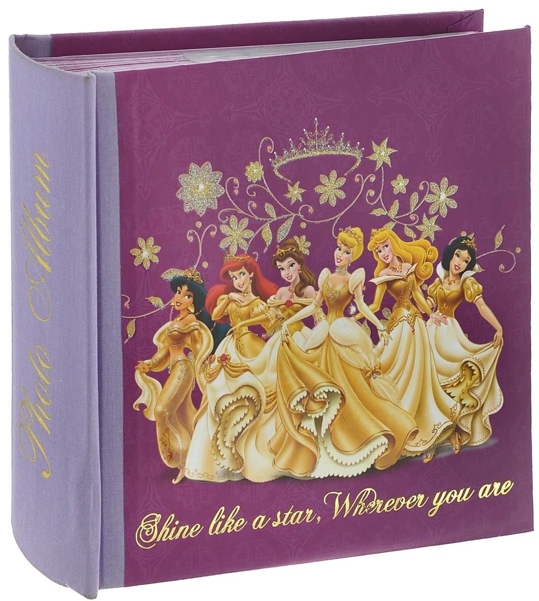 Фотоальбом Pioneer Gold Princess, 100 фотографий, 10 см х 15 см11200Фотоальбом Pioneer Gold Princess поможет красиво оформить ваши фотографии. Обложка, выполненная из толстого картона, оформлена изображением героев из известных мультфильмов. Внутри содержится блок из 50 листов с фиксаторами-окошками из полипропилена. Альбом рассчитан на 100 фотографий формата 10 см х 15 см (по 1 фотографии на странице). Переплет - книжный. Нам всегда так приятно вспоминать о самых счастливых моментах жизни, запечатленных на фотографиях. Поэтому фотоальбом является универсальным подарком к любому празднику. Количество листов: 50.