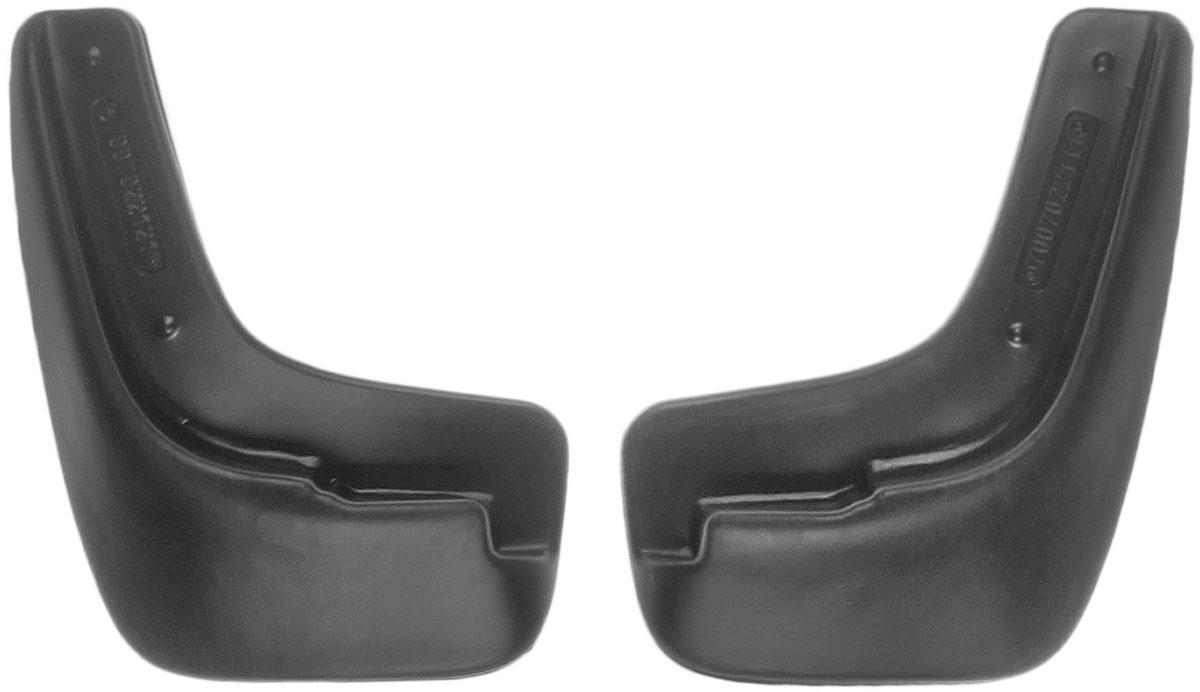 Комплект передних брызговиков L.Locker Chevrolet Lacetti 2004, 2 шт7007022151Комплект L.Locker Chevrolet Lacetti 2004 состоит из 2 передних брызговиков, изготовленных из высококачественного полиуретана. Уникальный состав брызговиков допускает их эксплуатацию в широком диапазоне температур: от -50°С до +50°С. Изделия эффективно защищают кузов автомобиля от грязи и воды, формируют аэродинамический поток воздуха, создаваемый при движении вокруг кузова таким образом, чтобы максимально уменьшить образование грязевой измороси, оседающей на автомобиле. Разработаны индивидуально для каждой модели автомобиля. С эстетической точки зрения брызговики являются завершением колесных арок. Установка брызговиков достаточно быстрая. В комплект входят необходимые крепежи и инструкция на русском языке. Комплектация: 2 шт. Размер брызговика: 22 см х 16 см х 3 см.