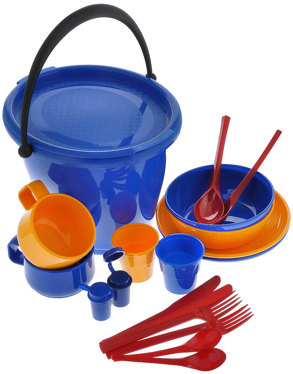 Набор пластиковой посуды Solaris, в контейнере, на 2 персоныS1202-1Набор Solaris - это удобная посуда на 2 персоны, выполненная из высококачественного ударопрочного пищевого полипропилена (пластика). Предназначена для многократного использования. Легкая, прочная и износостойкая, эта посуда работает в диапазоне температур от -25°С до +110°С. В состав набор входят 2 универсальные миски для супа или салата, 2 тарелки, 2 толстостенные чашки, 2 вилки, 2 столовые ложки, 2 ножа, 2 чайные ложки, 2 стопки с мерными делениями, солонка, перечница, ведерко. Эта посуда обеспечивает: - Хранение горячих и холодных пищевых продуктов; - Разогрев продуктов в микроволновой печи; - Приготовление пищи в микроволновой печи на пару (пароварка); - Хранение продуктов в холодильной и морозильной камере; - Кипячение воды с помощью электрокипятильника. Набор очень легко хранить и перевозить благодаря пластиковому контейнеру-ведерку с герметичной крышкой и ручкой для переноски. В ведерке можно также хранить...