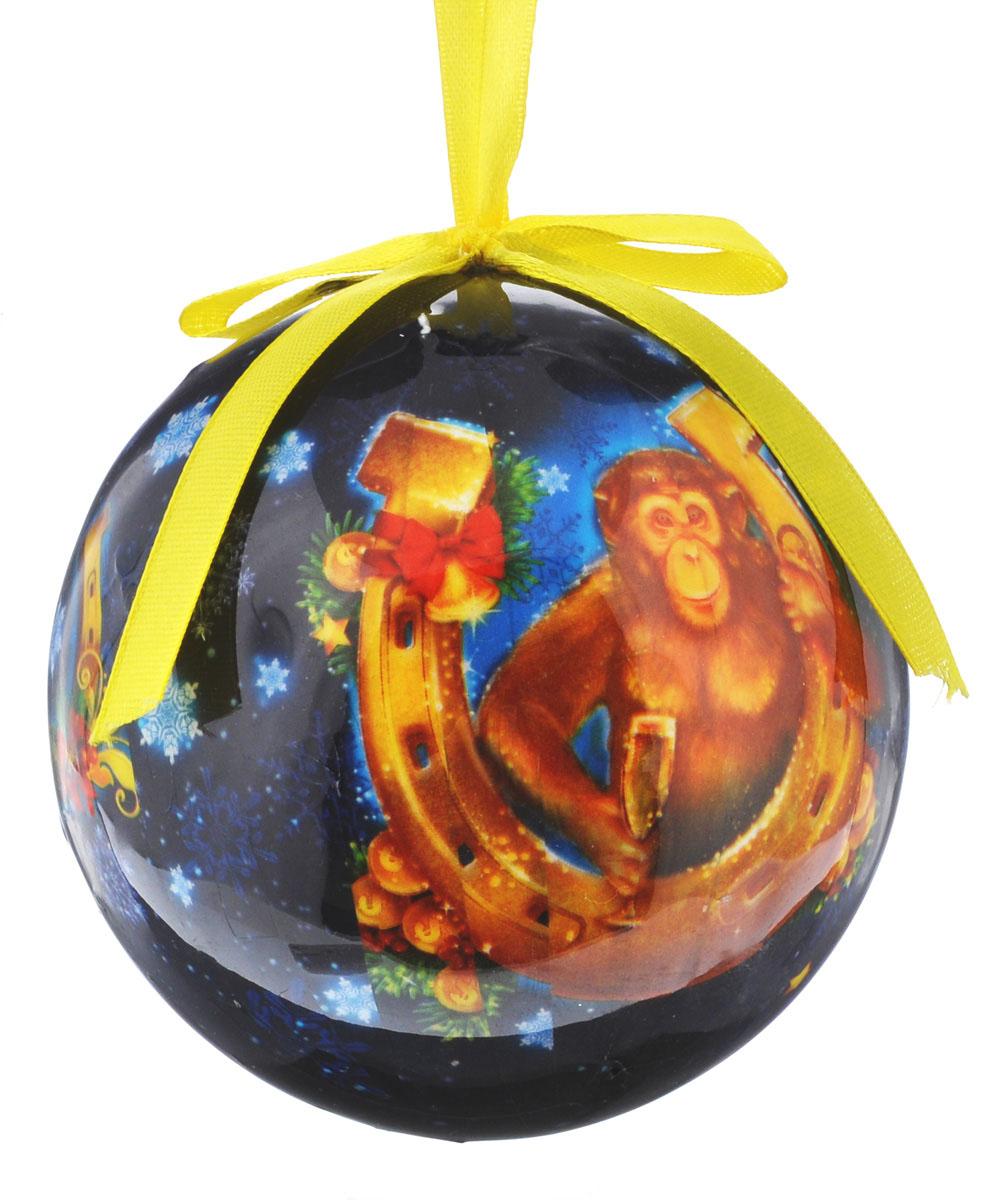 Новогоднее подвесное украшение Sima-land Шар. Удачи и богатства, диаметр 10 см1099614Новогоднее подвесное украшение Sima-land Шар. Удачи и богатства выполнено из пенопласта, оформлено изображением обезьянки с подковой и надписью Удачи и богатства. С помощью специальной петельки украшение можно повесить в любом понравившемся вам месте. Но, конечно, удачнее всего оно будет смотреться на праздничной елке. Елочная игрушка - символ Нового года. Она несет в себе волшебство и красоту праздника. Создайте в своем доме атмосферу веселья и радости, украшая новогоднюю елку нарядными игрушками, которые будут из года в год накапливать теплоту воспоминаний.