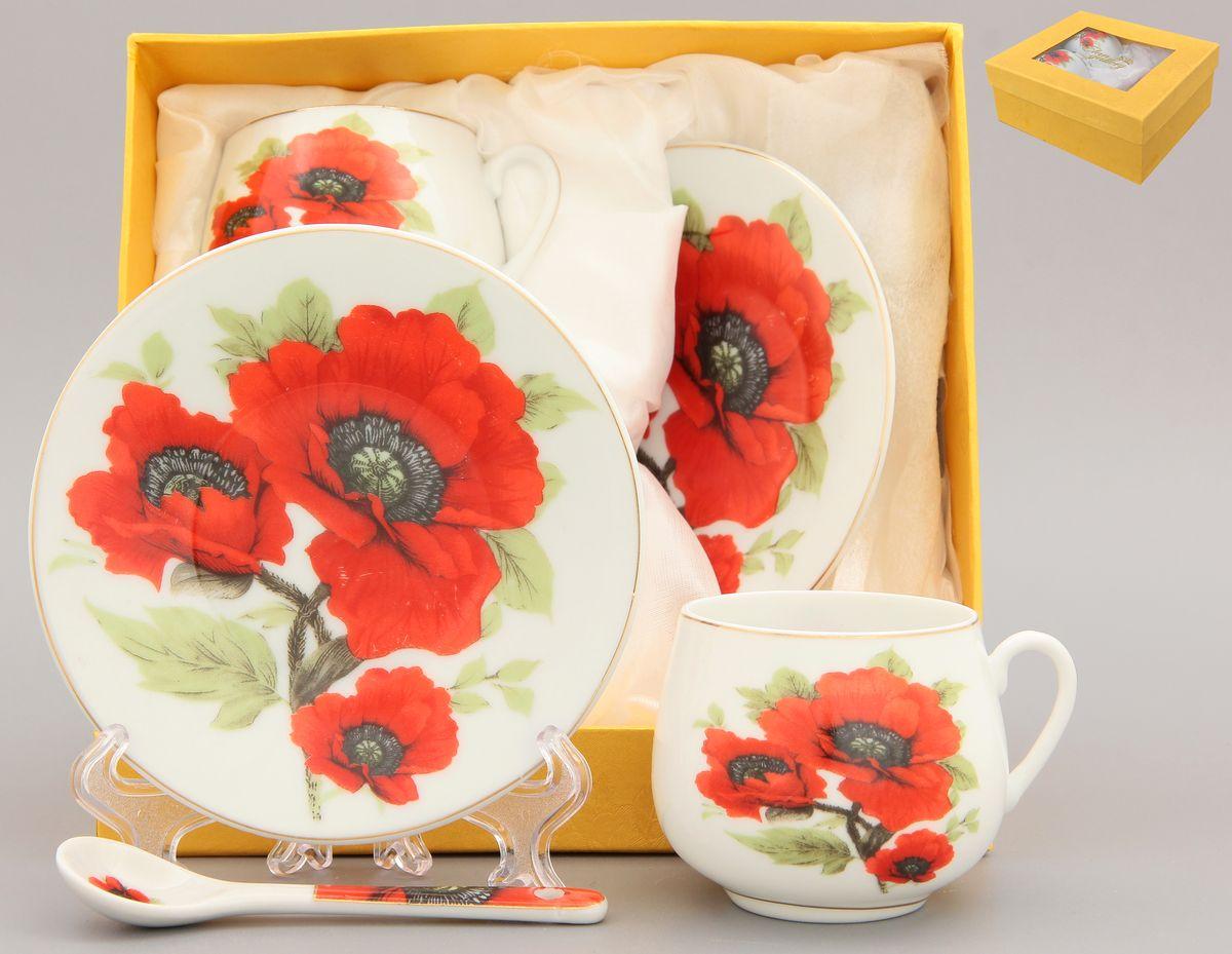 Кофейная пара Elan Gallery Маки, 4 предмета с ложками730443Кофейная пара Elan Gallery Маки на две персоны подойдет для любителей кофе. В комплекте две чашки объемом 130 мл, два блюдца диаметром 11,5 см и две ложки длиной 10 см. Изделие имеет подарочную упаковку с шелковой подложкой, поэтому станет желанным подарком для ваших близких!