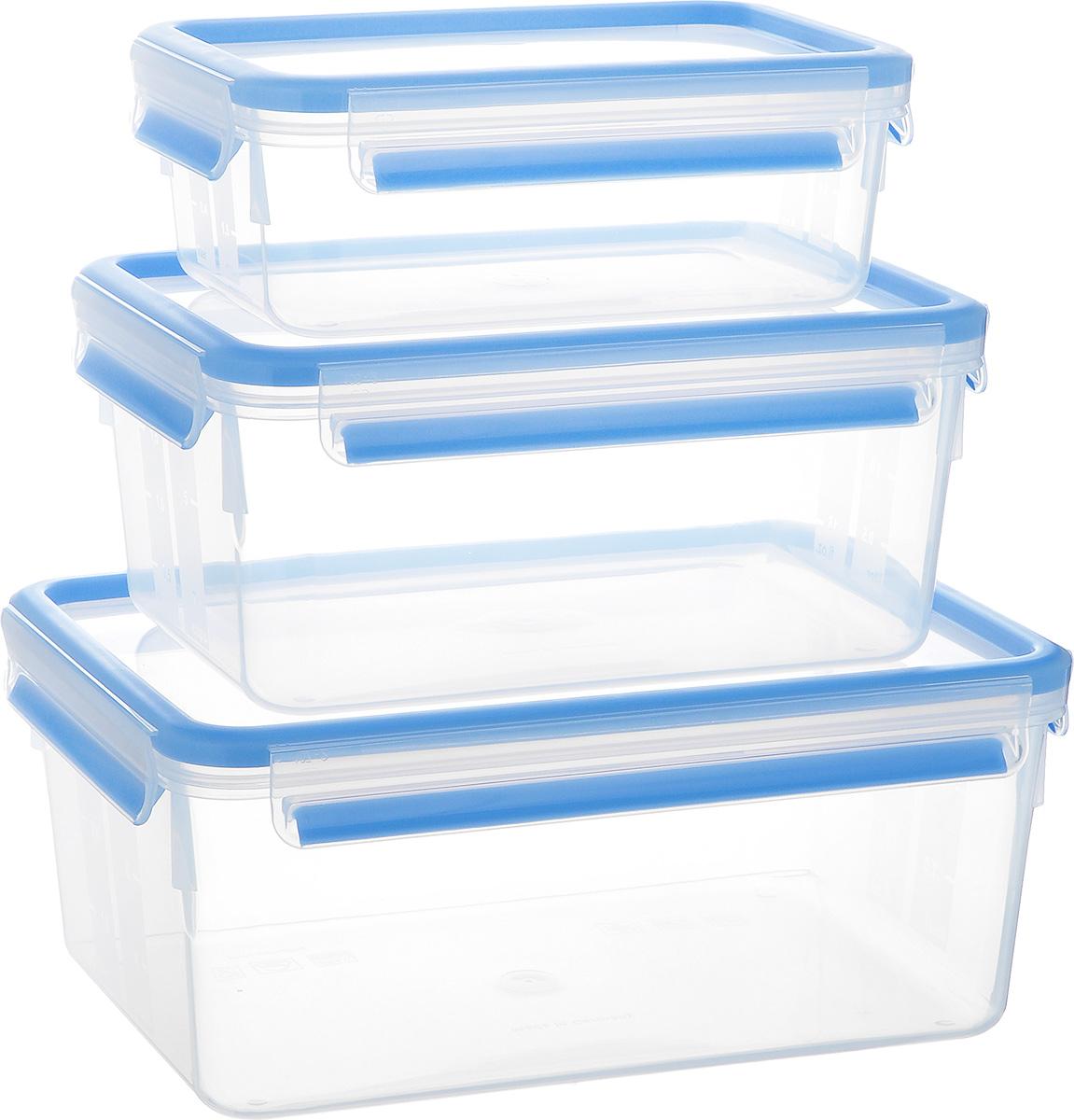 Набор контейнеров Emsa Clip&Close, 3 шт. 508567508567Набор Emsa Clip&Close состоит из трех контейнеров разного объема, изготовленных из высококачественного пищевого пластика, который выдерживает температуру от -40°С до +110°С, не впитывает запахи и не изменяет цвет. Это абсолютно гигиеничный продукт, который подходит для хранения даже детского питания. Изделия снабжены крышками, плотно закрывающимися на 4 защелки. Герметичность достигается за счет специальных силиконовых прослоек, которые позволяют использовать контейнер для хранения не только пищи, но и напитков. В таком контейнере продукты долгое время сохраняют свою свежесть. Прозрачные стенки позволяют просматривать содержимое. Сбоку имеются отметки литража. Изделия подходят для домашнего использования, для пикников, поездок, такие контейнеры удобно брать с собой на работу или учебу. Можно использовать в СВЧ-печах, холодильниках, посудомоечных машинах, морозильных камерах. Объем контейнеров: 1 л, 2,3 л, 3,7 л. Размер контейнеров: 19 см х 13 см х 7...