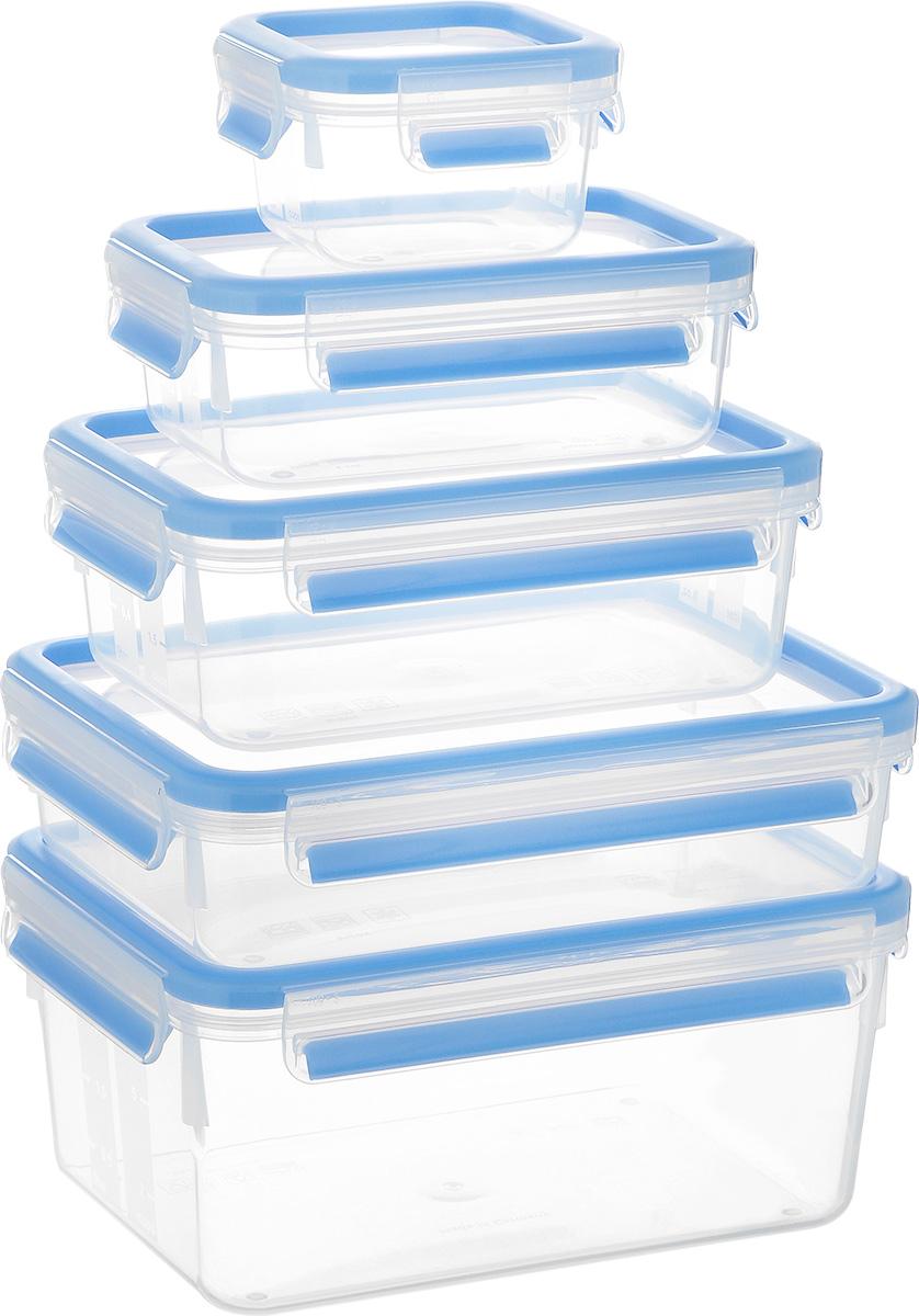 Набор контейнеров Emsa Clip&Close, 5 шт512753Набор Emsa Clip&Close состоит из пяти контейнеров разного объема, изготовленных из высококачественного пищевого пластика, который выдерживает температуру от -40°С до +110°С, не впитывает запахи и не изменяет цвет. Это абсолютно гигиеничный продукт, который подходит для хранения даже детского питания. Изделия снабжены крышками, плотно закрывающимися на 4 защелки. Герметичность достигается за счет специальных силиконовых прослоек, которые позволяют использовать контейнер для хранения не только пищи, но и напитков. В таком контейнере продукты долгое время сохраняют свою свежесть. Прозрачные стенки позволяют просматривать содержимое. Сбоку имеются отметки литража. Изделия подходят для домашнего использования, для пикников, поездок, такие контейнеры удобно брать с собой на работу или учебу. Можно использовать в СВЧ-печах, холодильниках, посудомоечных машинах, морозильных камерах. Объем контейнеров: 0,25 л, 0,55 л, 1 л, 1,2 л, 2,3 л. Размер контейнеров: 9...