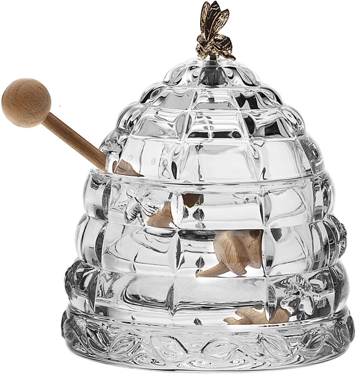 Доза для меда Crystal Bohemia Улей с пчелкой, с ложкой, 300 мл115510Доза для меда Crystal Bohemia Улей с пчелкой изготовлена из высококачественного хрусталя. Доза выполнена в форме улья и оснащена крышкой с металлической фигуркой пчелы. В комплекте - деревянная ложка для меда. Изделие прекрасно впишется в интерьер вашего дома и станет достойным дополнением к кухонному инвентарю. Доза подчеркнет прекрасный вкус хозяйки и станет отличным подарком.Размер дозы (без учета крышки): 11 см х 11 см х 7,5 см. Длина ложечки: 15 см.Объем дозы: 300 мл.