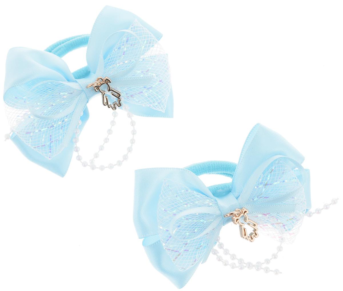 Резинка для волос Babys Joy, цвет: голубой, 2 шт. MN 143/2FS-00103Резинка для волос Babys Joy изготовлена из текстиля и дополнена милым бантиком, который оформлен бусинками и подвеской в форме девочки.Комплект содержит две резинки.Резинка для волос Babys Joy надежно зафиксирует волосы и подчеркнет красоту прически вашей маленькой принцессы.