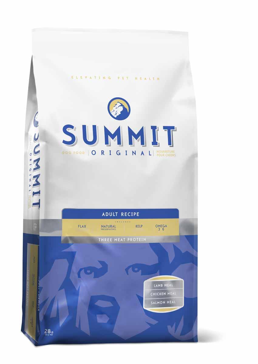 Summit holistic Для собак три вида мяса c цыпленком, лососем и ягненком (Original Three Meat, Adult Recipe DF), 12,7 кг.0120710Summit Holistic - супер-премиум корм из Канады.При изготовлении Summit Holistic используется уникальное сочетание высококачественных ингредиентов, которые обеспечивают исключительно натуральный вкус и максимальную питательную ценность. Summit Holistic содержит только качественные ингредиенты от давно зарекомендовавших себя фермерских хозяйств компании Petcurean (производители холистик кормов GO! и NOW! Natural). Не содержит субпродуктов, искусственных красителей, сои, кукурузы, мясных ингредиентов, выращенных на гормонах. В состав Summit Holistic входят: высококачественное мясо ягненка;масло канолы;хелатные минералы;льняное масло;юкка Шидигера;сбалансированный комплекс жирных кислот Омега 6 и Омега 3;природные антиоксиданты;ламинария;основные витамины и минералы.Состав: Дегидрированное мясо цыпленка, овсянка, цельный коричневый рис, рожь, ячмень, куриный жир (консервированный токоферолами), дегидрированное мясо лосося, дегидрированное мясо ягненка, натуральный куриный ароматизатор, яйца, рисовые отруби, водоросли, льняное семя, фосфат кальция, карбонат кальция, хлорид калия, хлорид холина, L-лизин, хлорид натрия, витамины (витамин А, витамин D3 добавки, витамин Е, инозитол, ниацин, L-аскорбил-2-полифосфат (источник витамина С), пантотенат кальция d-, тиамин мононитрат, бета-каротин, рибофлавин, пиридоксин гидрохлорид, фолиевая кислота, биотин, витамин В12), минералы (протеинат цинка, протеинат железа, протеинат меди, оксид цинка, протеинат марганца, сульфат меди, сульфат железа, йодат кальция, марганца оксида, селен), DL-метионин, розмарин.