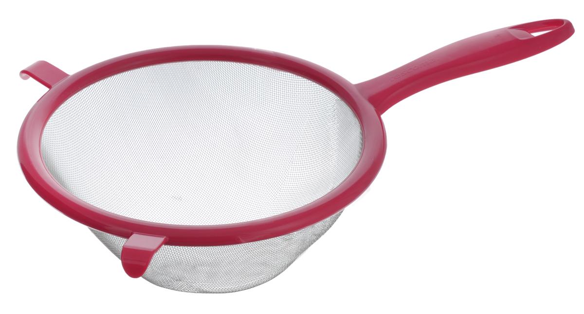 Сито Tescoma Presto, цвет: красный, диаметр 20 см420606_красныйСито Tescoma Presto изготовлено из высококачественной нержавеющей стали и прочного пластика. Изделие снабжено двумя выступами для установки на кастрюлю. Ручка оснащена отверстием для подвешивания на крючок. Сито предназначено для процеживания круп и макарон, просеивания муки, промывания ягод и фруктов. Такое сито станет незаменимым аксессуаром на вашей кухне. Можно мыть в посудомоечной машине. Диаметр сита: 20 см. Длина (с учетом ручки): 33 см.