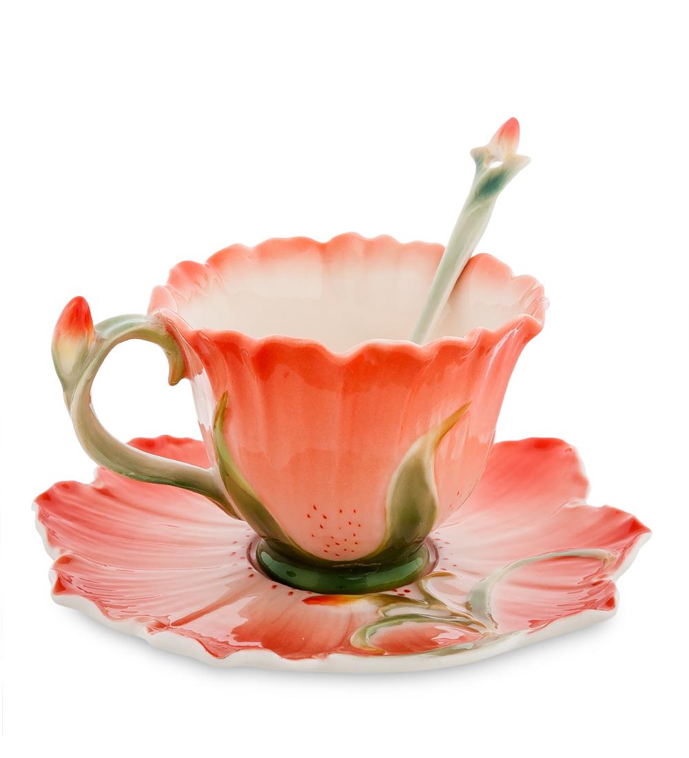 Чайная пара Pavone Гентиана, 3 предмета104843Чайная пара Pavone Гентиана состоит из чашки, блюдца и ложечки, изготовленных из фарфора. Чайная пара Pavone Гентиана украсит ваш кухонный стол, а также станет замечательным подарком друзьям и близким. Изделие упаковано в подарочную коробку с атласной подложкой. Объем чашки: 160 мл. Высота чашки: 8 см. Диаметр блюдца: 16 см.