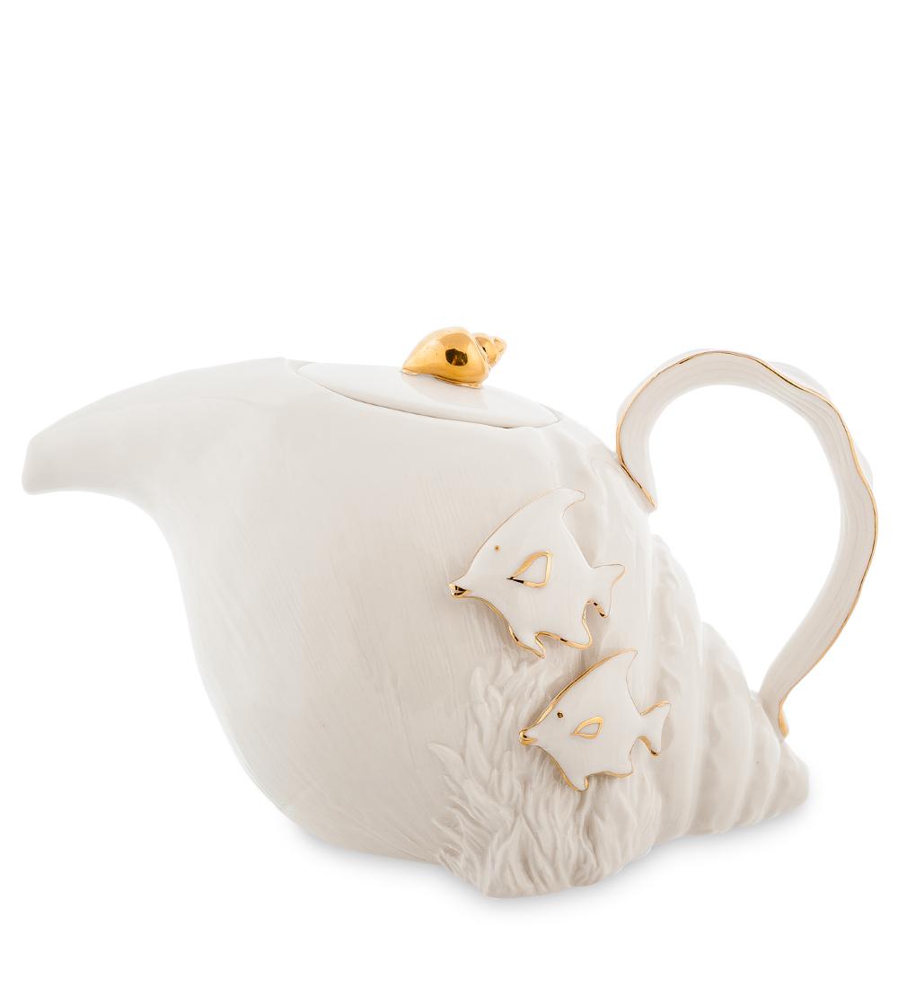 Чайник заварочный Pavone Морская ракушка, 820 мл10873Заварочный чайник Pavone Морская ракушка изготовлен из высококачественного фарфора. Оригинальное исполнение придает модели особый шарм, который понравится каждому. Чайник снабжен удобной ручкой, носиком и крышкой. Такой заварочный чайник красиво дополнит сервировку стола к чаепитию и станет полезным приобретением для любой хозяйки. Отличный подарок к любому случаю. Длина чайника: 23 см. Ширина: 12 см. Высота: 13 см. Объем чайника: 820 мл.
