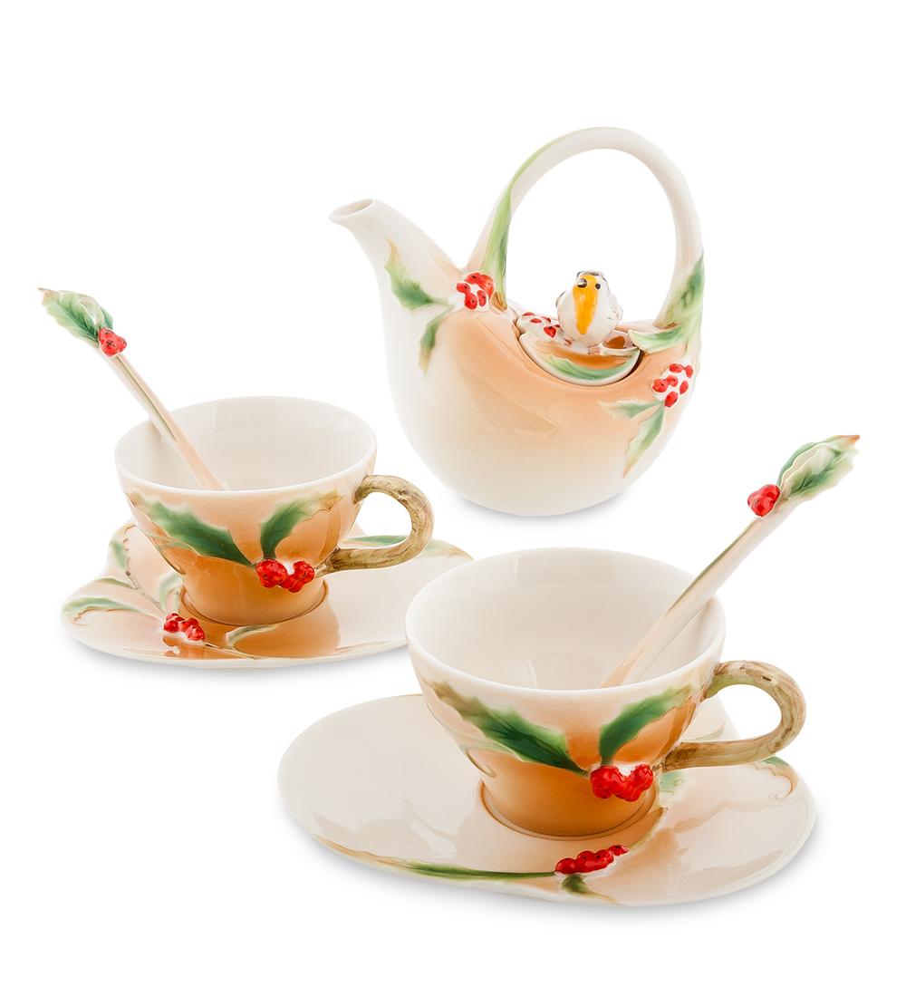 Чайный набор Pavone Пташка на падубе, 7 предметов104847Чайный набор Pavone Пташка на падубе, выполненный из высококачественного фарфора, состоит из 2 чашек, 2 блюдец, 2 чайных ложек и заварочного чайника. Предметы набора декорированы красивым изображением. Изделия прекрасно подойдут как для повседневного использования, так и для праздников. Набор Pavone Пташка на падубе - это не только яркий и полезный подарок для родных и близких, но и великолепное дизайнерское решение для вашей кухни или столовой. Объем чашки: 100 мл. Объем чайника: 200 мл. Высота чашки: 5 см. Длина блюдца: 13 см. Высота чайника: 13 см.