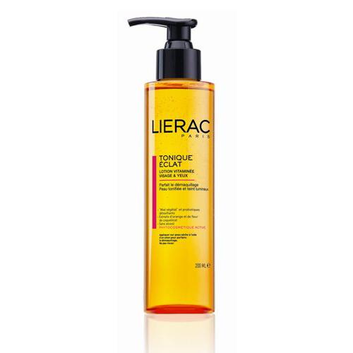 Lierac ЛОСЬОН ТОНИЗИРУЮЩИЙ для лица и контура глаз 200 млL647Тонизирует кожу, придаёт ей сияние. Содержит натуральный защитный комплекс ECOSKIN (цветочный мёд, пробиотики-детоксикаторы), экстракт красного апельсина (придает энергию, выводит токсины), экстракт цветков мака (увлажняет и препятствует появлению морщин), комплекс гидроксикислот (придают сияние коже и витамин В5 (способствует росту ресниц)