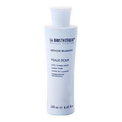LaBiosthetique Успокаивающий тоник Methode Relaxante для чувствительной кожи, 250 млFS-00103Тоник гармонично завершает очищающую процедуру для чувствительной и раздраженной кожи, смягчая ее и снимая зуд и воспаление поскольку содержит Пантенол, который восстанавливает ткани, снимает раздражение, успокаивает кожу и укрепляет ее естественный защитный слой, а также, Медицинское Белое масло, образующее на коже тонкую пленку, не закупоривающую поры, и обеспечивающую дополнительную защиту от агрессивных факторов внешней среды. В состав средства включены Лауриновая кислота, выделяемая из натуральных растительных масел, смягчающая и укрепляющая кожу, Глицерин, обладающий хорошей способностью вытягивать влагу из воздуха, и тем самым насыщать ею кожу, и комплекс натуральных растительных компонентов, который обеспечивает исключительно щадящий уход за кожей.