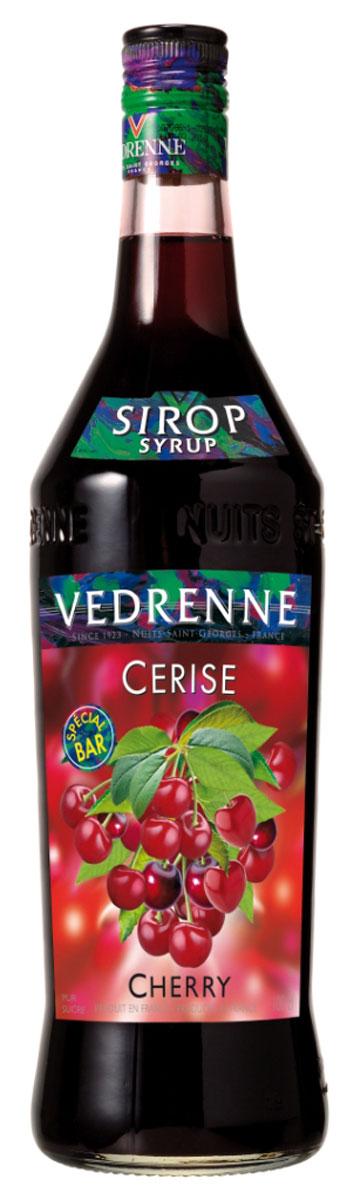 Vedrenne Вишня сироп, 1 л0120710Сироп Вишня является настоящей классикой в сфере миксологии, так как он сочетается практически с любыми напитками и сладкими блюдами. Главными компонентами сиропа являются очищенная вода, сгущенный раствор сахара и натуральное ягодное сырье (вишневый сок или пюре), прошедшее соответствующую обработку.Сиропы изготавливаются на основе натурального растительного сырья, фруктовых и ягодных соков прямого отжима, цитрусовых настоев, а также с использованием очищенной воды без вредных примесей, что позволяет выдержать все ценные и полезные свойства натуральных фруктово-ягодных плодов и трав. В состав сиропов входит только натуральный сахар, произведенный по традиционной технологии из сахарозы. Благодаря высокому содержанию концентрированного фруктового сока, сиропы Vedrenne обладают изысканным ароматом и натуральным вкусом, являются эффективным подсластителем при незначительной калорийности. Они оптимизируют уровень влажности и процесс кристаллизации десертов, хорошо смешиваются с другими ингредиентами и способствуют улучшению вкусовых качеств напитков и десертов.Сиропы Vedrenne разливаются в стеклянные бутылки с яркими этикетками, на которых изображен фрукт, ягода или другой ингредиент, определяющий вкусовые оттенки того или иного продукта Vedrenne. Емкости с сиропами Vedrenne герметичны, поэтому не позволяют содержимому контактировать с микроорганизмами и другими губительными внешними воздействиями. Кроме того, стеклянные бутылки выглядят оригинально и стильно.В настоящее время компания Vedrenne считается одним из лучших производителей высококлассных сиропов, отличающихся натуральным вкусом, а также насыщенным ароматом и глубоким цветом. Фруктовые сиропы Vedrenne пользуются большой популярностью не только во Франции (где их широко используют как в сегменте HoReCa, так и в домашних условиях), но и экспортируются более чем в 50 стран мира.Цвет: глубокий гранатовыйАромат: изящный аромат раскрывается нотами спелых вишенВкус: сочный, ягодный, с