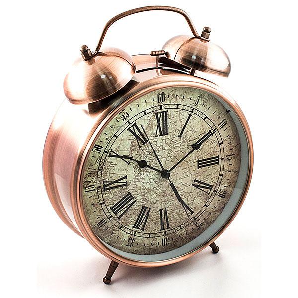 Часы-будильник Эврика Гигант, цвет: медный96598Оригинальные часы-будильник Эврика Гигант органично впишутся в интерьер комнаты. Корпус часов выполнен из окрашенного металла, циферблат защищен стеклом и украшен изображением старинной карты. Задняя панель закрыта пластиком черного цвета. Часы-будильник на двух устойчивых ножках, на задней панели имеется поворотный рычажок для выставления времени и поворотный рычажок для того, чтобы завести будильник на нужное время. Также на задней стороне будильника имеется специальное отверстие, для подвешивания его на стене. Часы-будильник оснащены 4 стрелками: часовой, минутной, секундной и стрелкой будильника. Механизм хода - обычный, тикающий. Будьте абсолютно уверены в том, что с таким будильником вам точно не удастся снова уснуть! Теперь вы сможете просыпаться утром под звуки стильного классического будильника Гигант. Будильник работает от трех пальчиковых батареек типа АА. Диаметр циферблата 21 см.