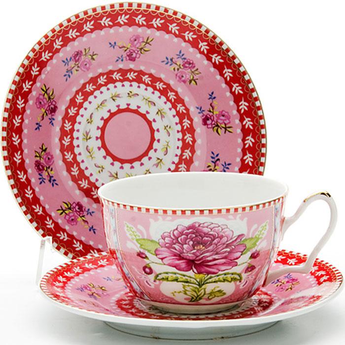 24583 Чайная пара 2пр 250мл ЦВЕТОК LR (х24)24583Чайная пара (1 чашка+1 блюдце) Материал: керамика Рисунок: розы Объем чашки: 250 мл Вес: 280 г Размер коробки: 15,5 х 15,5 х 7 см Этот чайный набор, выполненный из керамики, состоит из 1 чашка и 1 блюдце. Предметы набора офрмлены ярким изображением цветов.Изящный дизайн и красочность оформления придутся по вкусу и ценителям классики, и тем, кто предпочитает утонченность и изысканность. Чайная пара- идеальный и необходимый подарок для вашего дома и для ваших друзей в праздники, юбилеи и торжества! Он также станет отличным корпоративным подарком и украшением любой кухни. Чайная пара упакована в подарочную коробку из плотного цветного картона. Внутренняя часть коробки задрапирована белым атласом.