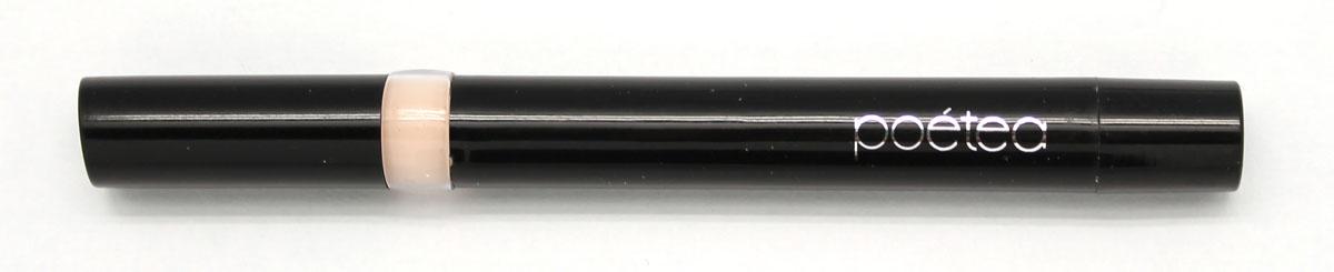 POETEQ Корректор Естественность, тон 11, 2 г002722Активным компонентом является косметический воск. Естественная формула маскирует неровности кожи, смягчает и увлажняет нежную кожу под глазами. Кроме того, в состав корректора входит касторовое и минеральное масла, которыеоблегчают нанесение средства и заживляют мелкие трещинки кожи. После маскирующего карандаша следует наносить тональный крем.