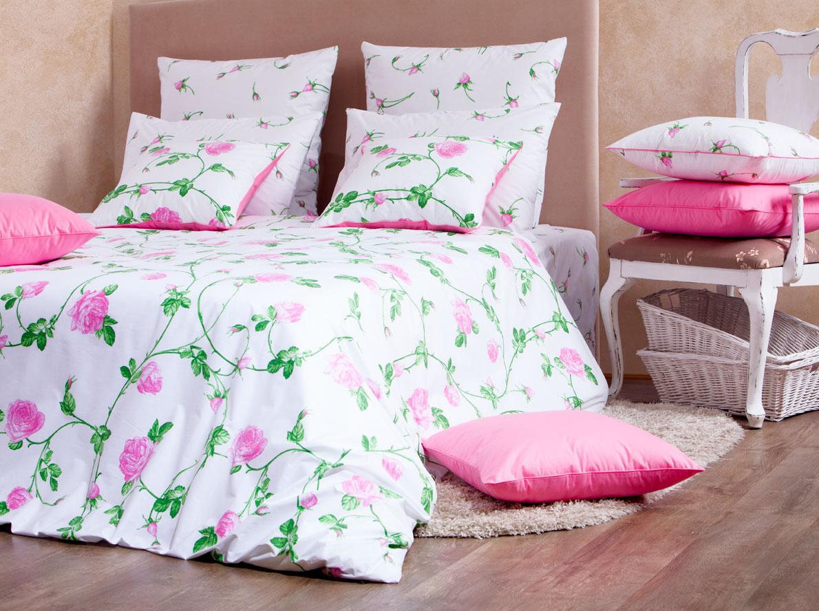 Комплект белья Mirarossi Vittoria, 2-спальный, наволочки 70х70, цвет: белый, розовый, зеленый10503Роскошный комплект постельного белья Mirarossi Vittoria выполнен из ткани Перкаль, натурального 100% хлопка. Ткань приятная на ощупь, при этом она прочная, хорошо сохраняет форму и не образует катышков на поверхности. Инновационная технология обработки ткани Easy Care позволяет белью дольше оставаться свежим. Органические активные вещества Easy Care на основе натуральных компонентов, эффективно препятствуют сминаемости и деформации ткани, что позволяет вам практически не тратить время на глажку постельного белья. Комплект состоит из пододеяльника, простыни и двух наволочек. Изделия оформлены цветочным принтом. Благодаря такому комплекту постельного белья вы создадите неповторимую атмосферу в вашей спальне.