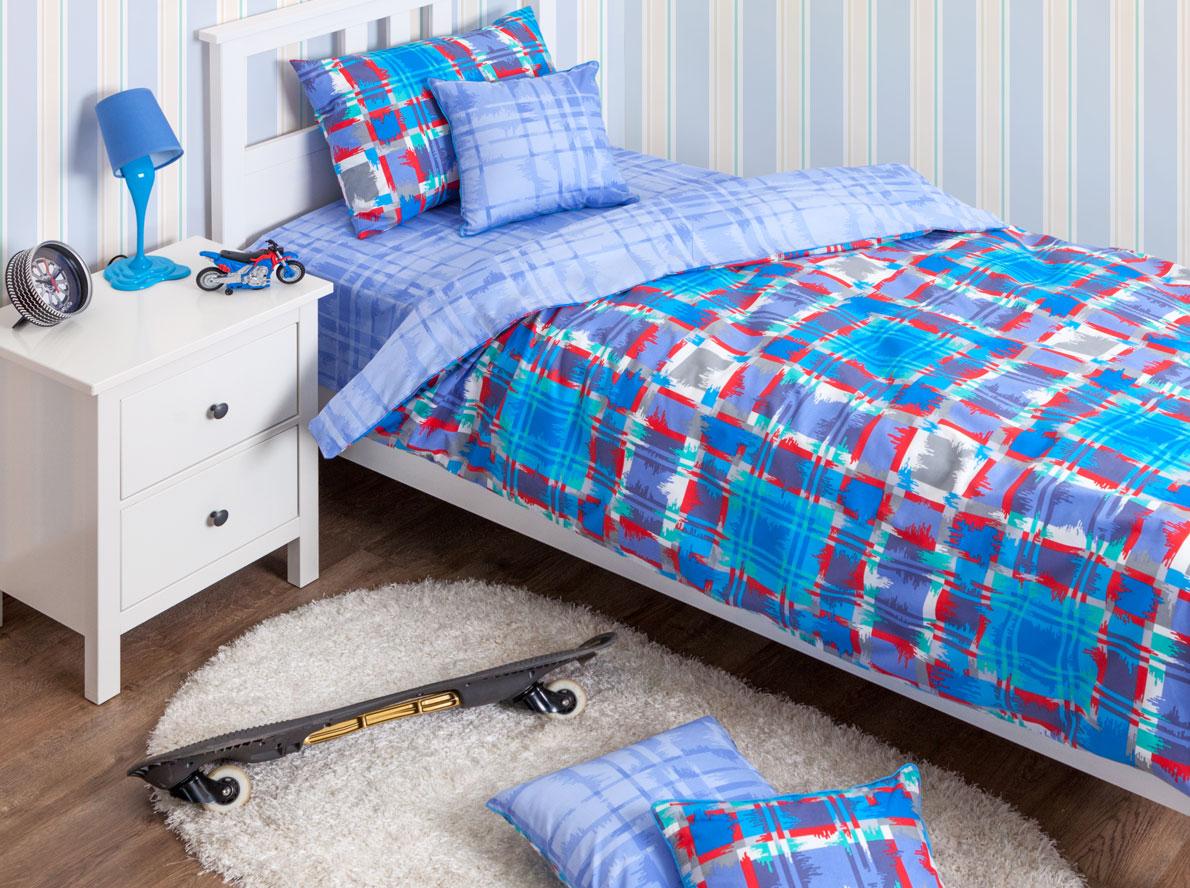 Хлопковый Край Комплект детского постельного белья Geometry Blue 1,5-спальный пододеяльник 150 см х 200 см150р-70ХК-дКомплект детского постельного белья Хлопковый Край Geometry Blue, состоящий из наволочки, простыни и пододеяльника, выполнен из ранфорса. Комплект постельного белья украшен ярким сине-красным-голубым принтом в крупную клетку. Ранфорс - очень плотная ткань, получаемая в результате полотняного переплетения кручёных нитей хлопка. Несмотря на повышенную плотность, этот материал отличается необыкновенной мягкостью и шелковистой фактурой. Высокая плотность материала обеспечивает его долговечность и способность выдерживать многочисленные стирки на протяжении многих лет. Бельё при этом продолжает оставаться всё таким же ярким и привлекательным, поскольку ранфорс не линяет, не скатывается и не садится. Такой комплект идеально подойдет для кроватки вашего малыша. На нем ребенок будет спать здоровым и крепким сном.