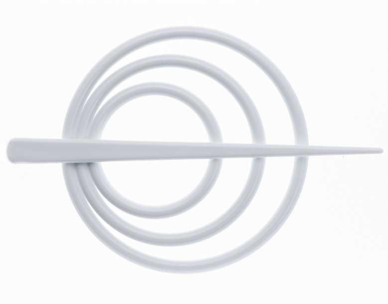 Заколка для штор Goodliving, цвет: белый, 2 шт10503Заколка для штор Goodliving выполнена из высококачественного пластика.Заколка - это основной вид фурнитуры в декоре штор, сочетающий в себе не только декоративную функцию, но и практическую - регулировать поток света. Заколки способны украсить любую комнату.Диаметр декоративной части: 9 см.Длина палочки: 13,5 см.