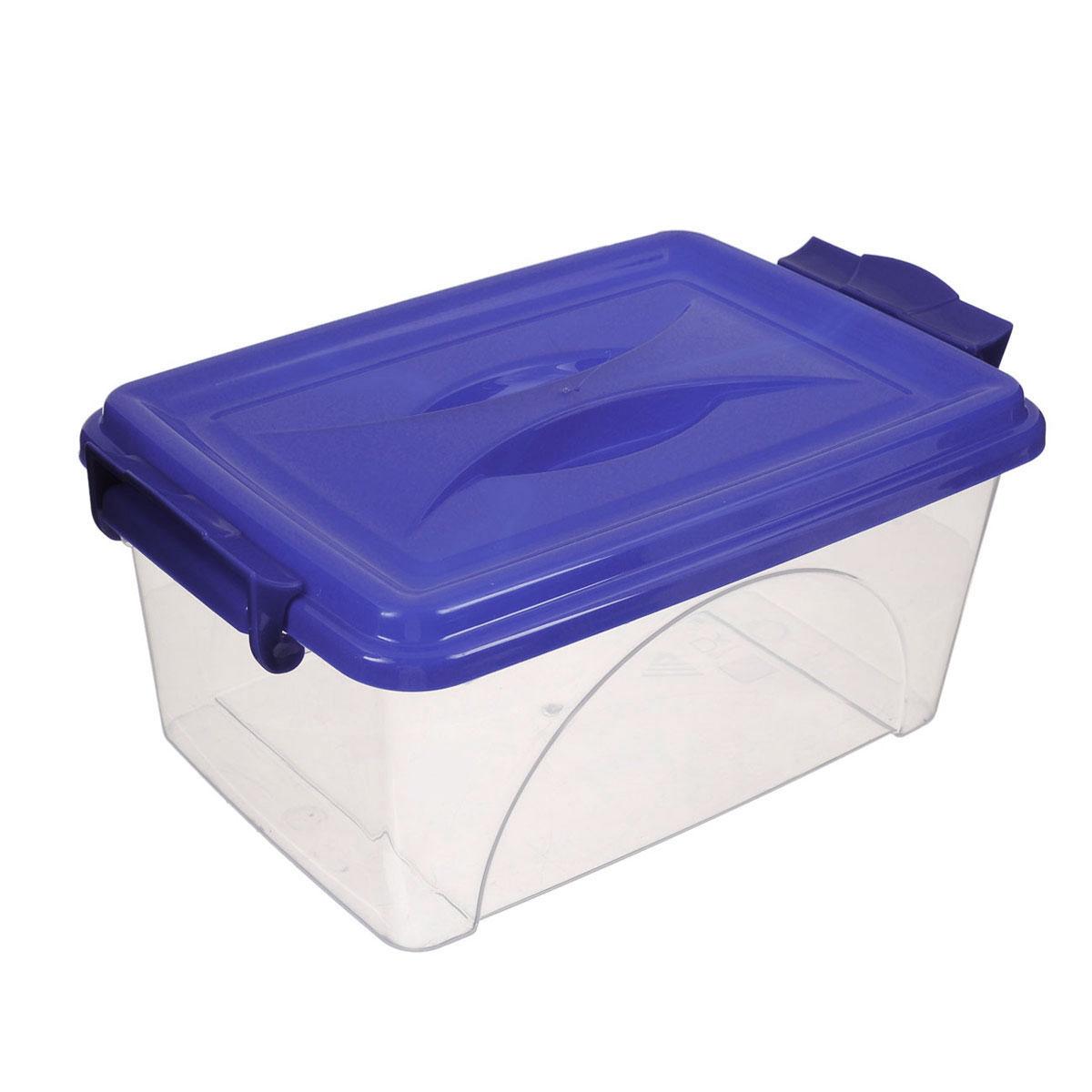 Контейнер Альтернатива, цвет: прозрачный, синий, 11,5 лМ425Контейнер Альтернатива выполнен из прочного пластика. Он предназначен для хранения различных мелких вещей. Крышка легко открывается и плотно закрывается. Прозрачные стенки позволяют видеть содержимое. По бокам предусмотрены две удобные ручки, с помощью которых контейнер закрывается. Контейнер поможет хранить все в одном месте, а также защитить вещи от пыли, грязи и влаги.