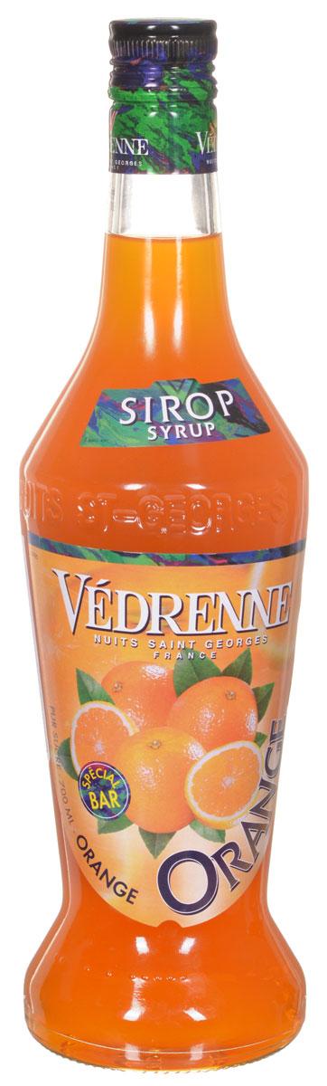 Vedrenne Апельсин сироп, 0,7 лSVDROS-070B01Сироп Апельсин - это очень популярная среди гурманов добавка, которая придаст вашему любимому лакомству жизнерадостные оттенки оранжевого фрукта. Апельсиновый сироп станет идеальным дополнением к лимонаду, коктейлям, кофе, мороженому, компоту, холодному чаю, а также сделает любую выпечку ароматной и приятной на вкус. Сироп Апельсин позволит вам насладиться букетом солнечного фрукта в любое время. Для его изготовления используются только отборные ингредиенты: апельсиновый сок, сахар и чистейшая вода, которые подвергаются бережной обработке, в результате чего получается нежный сироп. Сироп Апельсин позволит вам насладиться букетом солнечного фрукта в любое время. Для его изготовления используются только отборные ингредиенты: апельсиновый сок, сахар и чистейшая вода, которые подвергаются бережной обработке, в результате чего получается нежный сироп. Сиропы изготавливаются на основе натурального растительного сырья, фруктовых и ягодных соков прямого ...