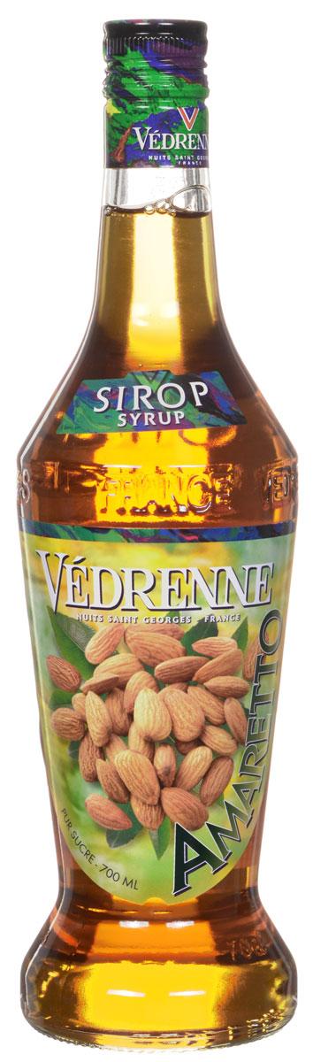 Vedrenne Амаретто сироп, 0,7 л0120710Сироп Амаретто – изысканный напиток для самых утонченных ценителейэкзотических вкусов и ароматов. Он представляет собой густую аппетитнуюконсистенцию с яркими оттенками всемирно известного итальянского ликераАмаретто.Сироп Амаретто изготавливается на основе отборных спелых абрикосов сдобавлением ароматных восточных пряностей. Кроме того, в сироп добавляюточищенную родниковую воду и сахар. Сироп Амаретто обладает красивымзолотистым цветом, удивительный аромат очаровывает акцентами бархатныхабрикосов и нотками миндаля.Сиропы изготавливаются на основе натурального растительного сырья,фруктовых и ягодных соков прямого отжима, цитрусовых настоев, а также сиспользованием очищенной воды без вредных примесей, что позволяетвыдержать все ценные и полезные свойства натуральных фруктово-ягодныхплодов и трав. В состав сиропов входит только натуральный сахар,произведенный по традиционной технологии из сахарозы. Благодаря высокомусодержанию концентрированного фруктового сока, сиропы Vedrenne обладаютизысканным ароматом и натуральным вкусом, являются эффективнымподсластителем при незначительной калорийности. Они оптимизируют уровеньвлажности и процесс кристаллизации десертов, хорошо смешиваются с другимиингредиентами и способствуют улучшению вкусовых качеств напитков идесертов.Сиропы Vedrenne разливаются в стеклянные бутылки с яркими этикетками, накоторых изображен фрукт, ягода или другой ингредиент, определяющийвкусовые оттенки того или иного продукта Vedrenne. Емкости с сиропамиVedrenne герметичны, поэтому не позволяют содержимому контактировать смикроорганизмами и другими губительными внешними воздействиями. Крометого, стеклянные бутылки выглядят оригинально и стильно.В настоящее время компания Vedrenne считается одним из лучшихпроизводителей высококлассных сиропов, отличающихся натуральным вкусом, атакже насыщенным ароматом и глубоким цветом. Фруктовые сиропы Vedrenneпользуются большой популярностью не только во Франции (где их широкоиспольз