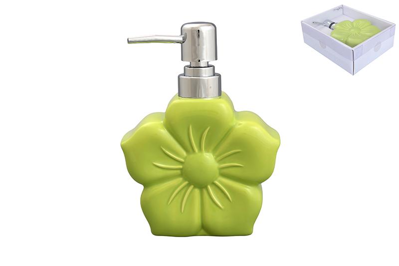 Дозатор Elan Gallery Цветок, цвет: салатовый, 400 мл68/5/3Диспенсер для жидкого мыла Elan Gallery Цветок, изготовленный из высококачественной керамики, имеет оригинальную форму. Диспенсер снабжен губкой для мытья посуды и дозатором. Дозатор выполнен из пластика под хром. Он очень удобен и прост в использовании: просто нажмите на него и выдавите необходимое количество средства. Диспансер подходит для жидкого мыла, моющего средства для мытья посуды, различных лосьонов.Такой диспансер дополнит интерьер кухни или ванной комнаты и станет замечательным приобретением для любой хозяйки. Размер диспенсера (с учетом дозатора): 12 см х 5,5 см х 16,2 см.