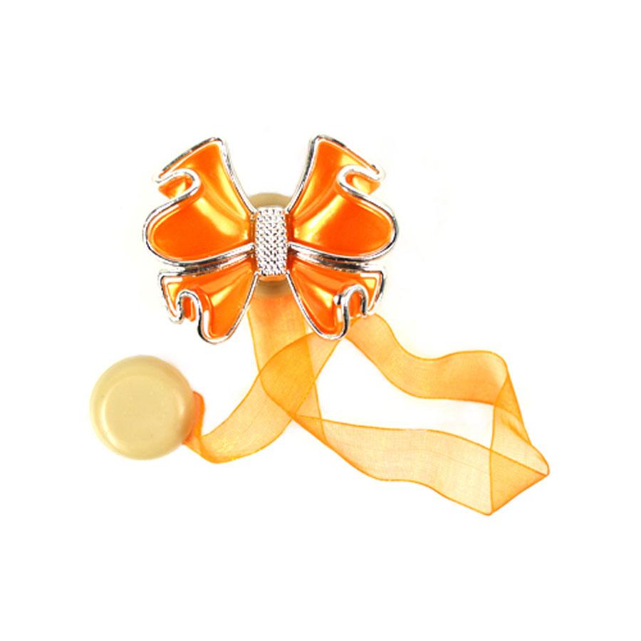 Клипса-магнит для штор Астра, цвет: оранжевый, 2 шт. 77134147713414_8020 оранжевыйКлипса-магнит Астра, изготовленная из акрила и текстиля, предназначена для придания формы шторам. Изделие представляет собой два магнита, расположенные на разных концах текстильной ленты. Один из магнитов оформлен декоративным цветком. С помощью такой магнитной клипсы можно зафиксировать портьеры, придать им требуемое положение, сделать складки симметричными или приблизить портьеры, скрепить их. Клипсы для штор являются универсальным изделием, которое превосходно подойдет как для штор в детской комнате, так и для штор в гостиной. Следует отметить, что клипсы для штор выполняют не только практическую функцию, но также являются одной из основных деталей декора этого изделия, которая придает шторам восхитительный, стильный внешний вид. Размер декоративного элемента: 6 см х 5 см х 1,5 см. Диаметр магнита: 2 см. Длина ленты: 28 см.