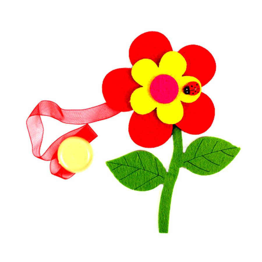 Клипса-магнит для штор Астра Цветок с декором, цвет: зеленый, красный, желтый, 15,5 см х 11 см7713420_ C171/C001Клипса-магнит Астра Цветок с декором, изготовленная из полиэстера и текстиля, предназначена для придания формы шторам. Изделие представляет собой два магнита, расположенные на разных концах текстильной ленты. Один из магнитов оформлен декоративным изображением цветка и божьей коровки. С помощью такой магнитной клипсы можно зафиксировать портьеры, придать им требуемое положение, сделать складки симметричными или приблизить портьеры, скрепить их. Клипсы для штор являются универсальным изделием, которое превосходно подойдет как для штор в детской комнате, так и для штор в гостиной. Следует отметить, что клипсы для штор выполняют не только практическую функцию, но также являются одной из основных деталей декора этого изделия, которая придает шторам восхитительный, стильный внешний вид. Размер декоративного элемента: 15,5 см х 11 см х 1,5 см. Диаметр магнита: 2 см. Длина ленты: 30 см.