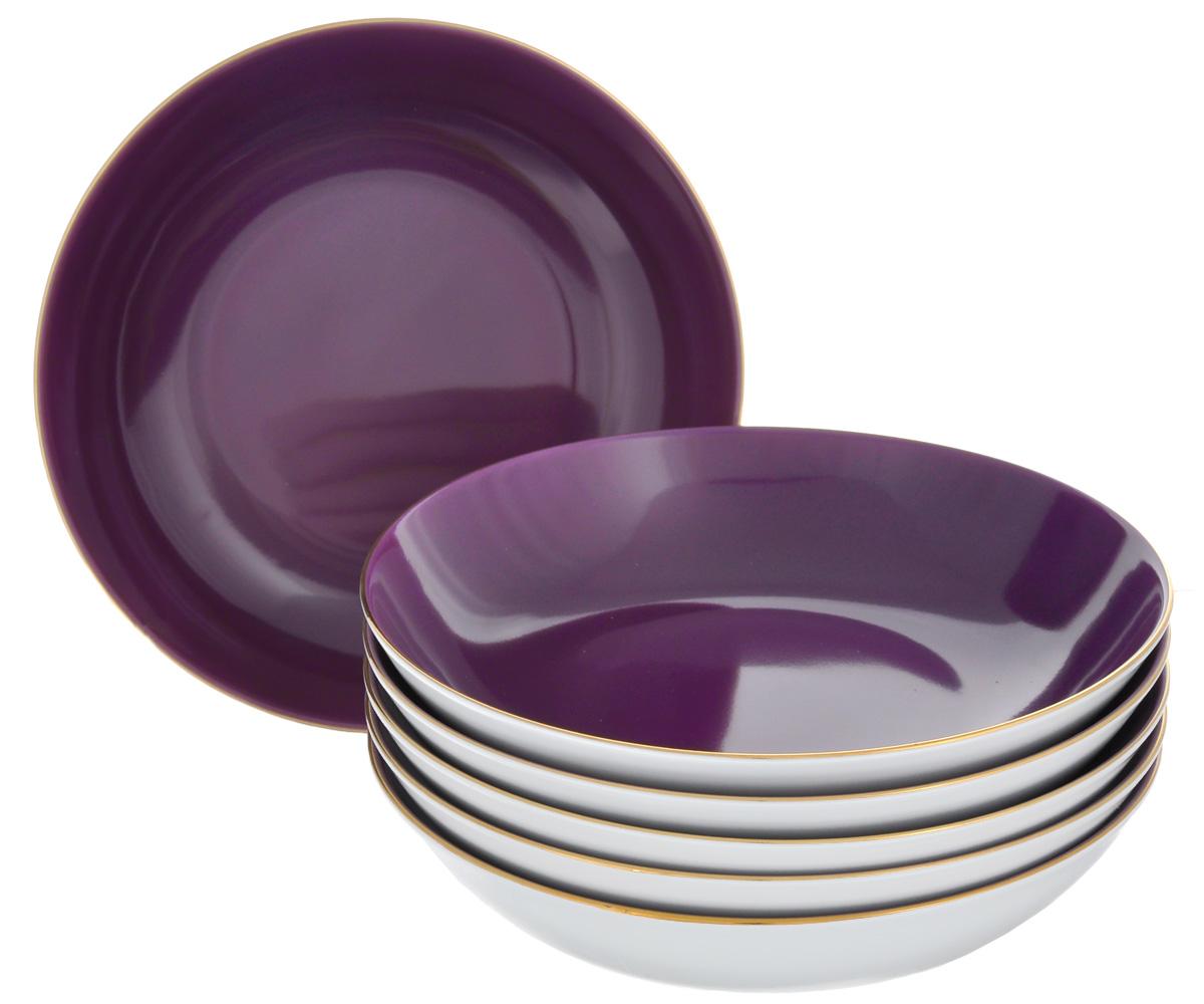 Набор глубоких тарелок Yves De La Rosiere Monalisa, цвет: фиолетовый, белый, диаметр 20 см, 6 шт5591053124Набор Yves De La Rosiere Monalisa состоит из шести глубоких тарелок, оформленных золотистой каймой. Предметы набора изготовлены из высококачественного фарфора. Изящный дизайн придется по вкусу и ценителям классики, и тем, кто предпочитает утонченность и изысканность. Он настроит на праздничный лад и подарит хорошее настроение с самого утра. Диаметр тарелки (по верхнему краю): 20 см. Высота тарелки: 4,9 см.