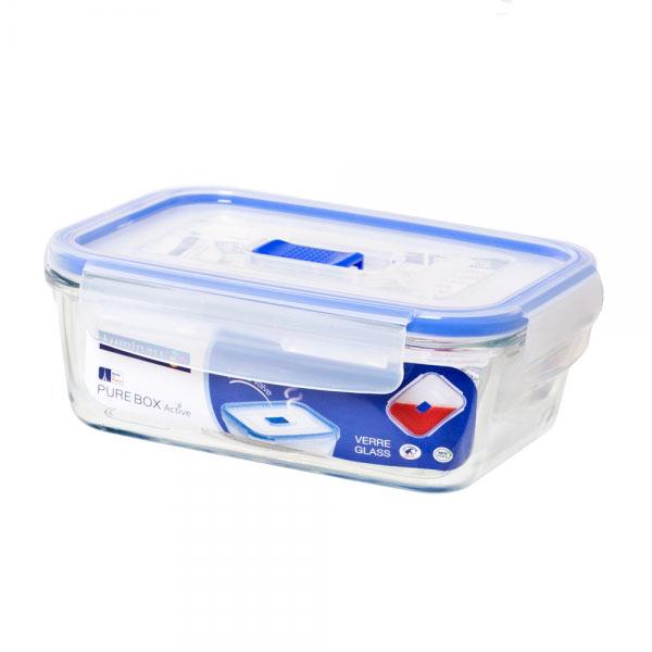 Контейнер Luminarc Pure Box Active, 820 мл. J5629J5629Прямоугольный контейнер Luminarc Pure Box Active изготовлен из жаропрочного закаленного стекла, устойчивого к высокому диапазону температур (от -40 до +250°С). Идеально подходит для хранения, охлаждения и заморозки пищевых продуктов, не выделяет вредных веществ при разогреве в микроволновке. Благодаря особым технологиям изготовления, изделие в течение всего срока службы не меняет цвет и не пропитывается запахами. Пластиковая крышка с силиконовой вставкой герметично защелкивается специальным механизмом. Клапан в крышке служит для выпуска пара при разогреве в микроволновке. Контейнер Luminarc Pure Box Active удобен для ежедневного использования в быту. Можно мыть в посудомоечной машине и использовать в СВЧ.