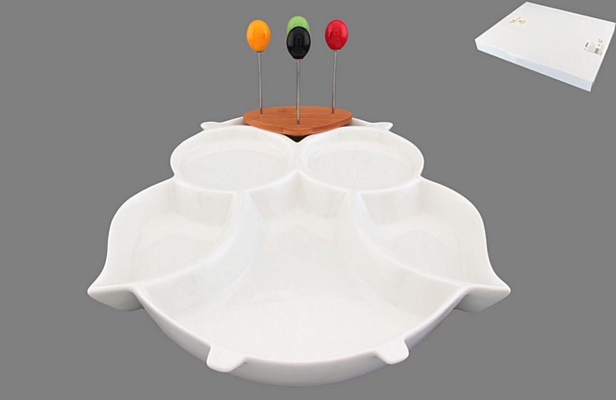 Менажница Elan Gallery Сова, со шпажками, 5 секциий540054Менажница Elan Gallery Сова изготовлена из керамики и предназначена для подачи сразу нескольких видов закусок, нарезок или соусов. В комплект также входят 4 разноцветные шпажки, которые вставляются в деревянную подставку. Менажница Elan Gallery Сова станет настоящим украшением праздничного стола и подчеркнет ваш изысканный вкус.