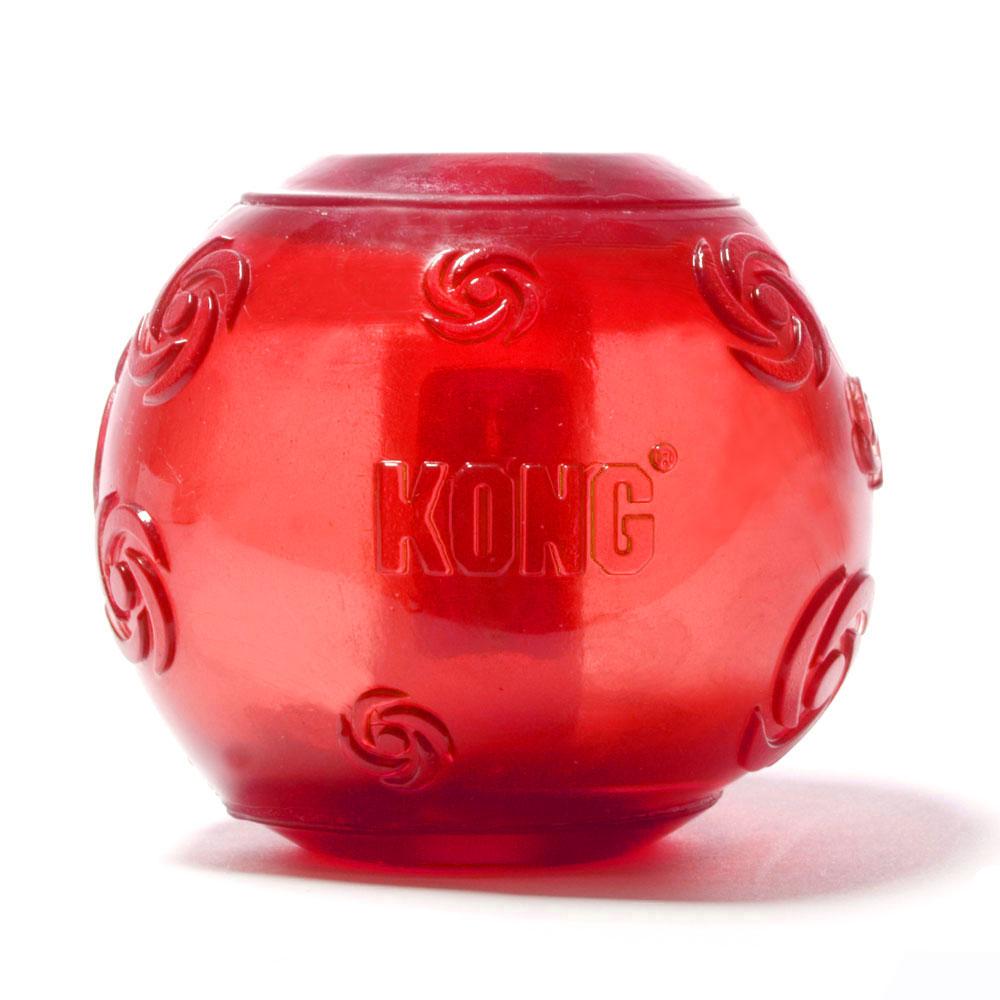 Игрушка для собак Kong Сквиз Мячик, средний, с пищалкой, цвет: красный0120710Игрушка для собак Kong Сквиз Мячик выполнена из прочной и безопасной синтетической резины.Пищалка утоплена в слой резины, что не позволяет собаке вынуть ее.