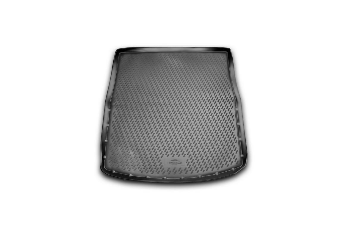Коврик автомобильный Novline-Autofamily для Mazda 6 универсал 2012-, в багажникCARMZD00044Автомобильный коврик Novline-Autofamily, изготовленный из полиуретана, позволит вам без особых усилий содержать в чистоте багажный отсек вашего авто и при этом перевозить в нем абсолютно любые грузы. Этот модельный коврик идеально подойдет по размерам багажнику вашего автомобиля. Такой автомобильный коврик гарантированно защитит багажник от грязи, мусора и пыли, которые постоянно скапливаются в этом отсеке. А кроме того, поддон не пропускает влагу. Все это надолго убережет важную часть кузова от износа. Коврик в багажнике сильно упростит для вас уборку. Согласитесь, гораздо проще достать и почистить один коврик, нежели весь багажный отсек. Тем более, что поддон достаточно просто вынимается и вставляется обратно. Мыть коврик для багажника из полиуретана можно любыми чистящими средствами или просто водой. При этом много времени у вас уборка не отнимет, ведь полиуретан устойчив к загрязнениям. Если вам приходится перевозить в багажнике тяжелые грузы,...
