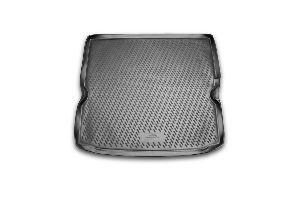 Коврик автомобильный Novline-Autofamily для Opel Zafira минивэн 2005-, в багажникCA-3505Автомобильный коврик Novline-Autofamily, изготовленный из полиуретана, позволит вам без особых усилий содержать в чистоте багажный отсек вашего авто и при этом перевозить в нем абсолютно любые грузы. Этот модельный коврик идеально подойдет по размерам багажнику вашего автомобиля. Такой автомобильный коврик гарантированно защитит багажник от грязи, мусора и пыли, которые постоянно скапливаются в этом отсеке. А кроме того, поддон не пропускает влагу. Все это надолго убережет важную часть кузова от износа. Коврик в багажнике сильно упростит для вас уборку. Согласитесь, гораздо проще достать и почистить один коврик, нежели весь багажный отсек. Тем более, что поддон достаточно просто вынимается и вставляется обратно. Мыть коврик для багажника из полиуретана можно любыми чистящими средствами или просто водой. При этом много времени у вас уборка не отнимет, ведь полиуретан устойчив к загрязнениям.Если вам приходится перевозить в багажнике тяжелые грузы, за сохранность коврика можете не беспокоиться. Он сделан из прочного материала, который не деформируется при механических нагрузках и устойчив даже к экстремальным температурам. А кроме того, коврик для багажника надежно фиксируется и не сдвигается во время поездки, что является дополнительной гарантией сохранности вашего багажа.Коврик имеет форму и размеры, соответствующие модели данного автомобиля.