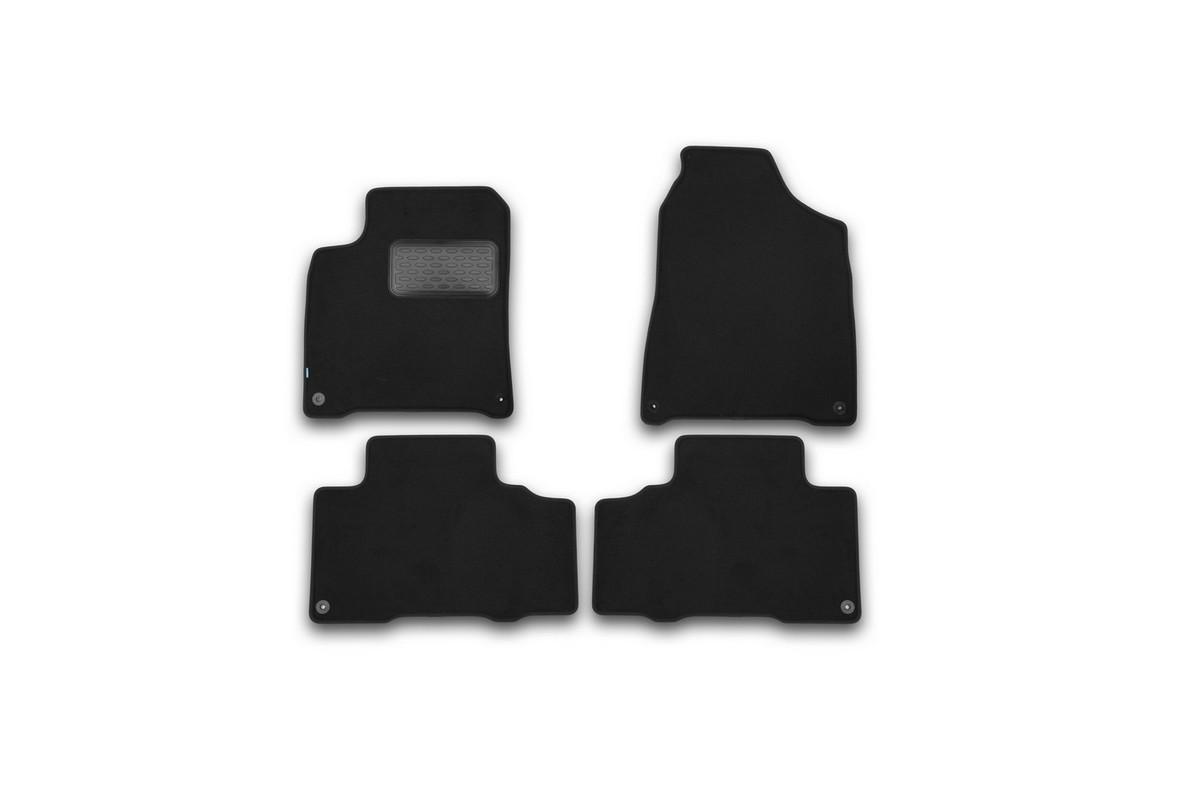 Набор автомобильных ковриков Klever для SsangYong New Actyon 2010-, внедорожник, в салон, 4 шт. KVR03611222110khKVR03611222110khНабор автомобильных ковриков Klever, изготовленный из текстиля, состоит из 4 ковриков, которые учитывают все особенности каждой модели автомобиля и полностью повторяют контуры пола. Текстильные автомобильные коврики для салона произведены из высококачественного материала, который держит форму, прочный и не пачкает обувь. Коврики в салон не только улучшат внешний вид салона вашего автомобиля, но и надежно уберегут его от пыли, грязи и сырости, а значит, защитят кузов от коррозии. Текстильные коврики для автомобиля мягкие и приятные, а их основа из вспененного полиуретана не пропускает влагу. Ковры для автомобилей надежно крепятся на полу и не скользят, что очень важно во время движения. Чистятся коврики очень просто: как при помощи автомобильного пылесоса, так и различными моющими средствами. Набор подходит для SsangYong New Actyon внедорожник с 2010 года выпуска.