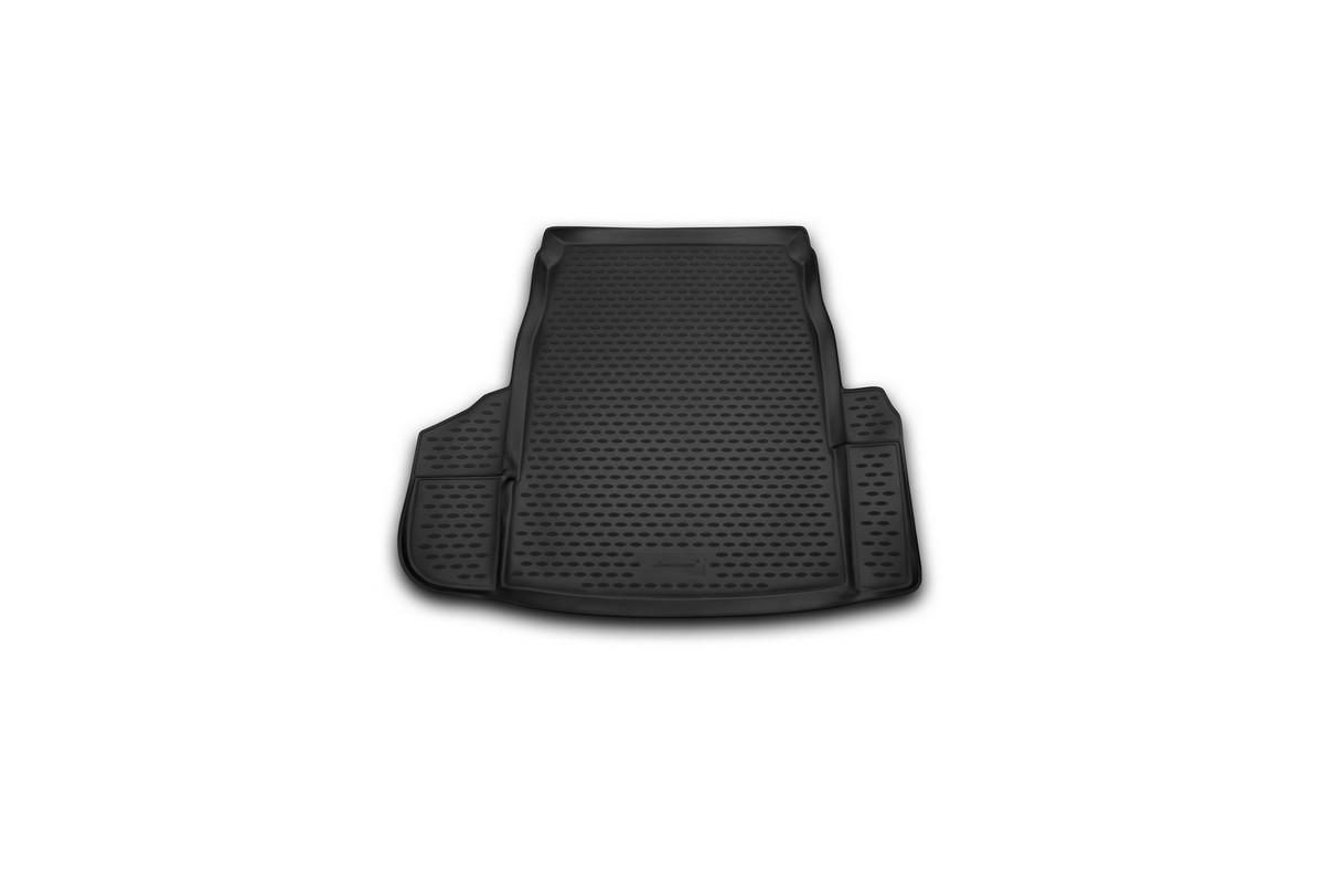 Коврик автомобильный Novline-Autofamily для BMW 5 седан 2003-2010, в багажникSC-FD421005Автомобильный коврик Novline-Autofamily, изготовленный из полиуретана, позволит вам без особых усилий содержать в чистоте багажный отсек вашего авто и при этом перевозить в нем абсолютно любые грузы. Этот модельный коврик идеально подойдет по размерам багажнику вашего автомобиля. Такой автомобильный коврик гарантированно защитит багажник от грязи, мусора и пыли, которые постоянно скапливаются в этом отсеке. А кроме того, поддон не пропускает влагу. Все это надолго убережет важную часть кузова от износа. Коврик в багажнике сильно упростит для вас уборку. Согласитесь, гораздо проще достать и почистить один коврик, нежели весь багажный отсек. Тем более, что поддон достаточно просто вынимается и вставляется обратно. Мыть коврик для багажника из полиуретана можно любыми чистящими средствами или просто водой. При этом много времени у вас уборка не отнимет, ведь полиуретан устойчив к загрязнениям.Если вам приходится перевозить в багажнике тяжелые грузы, за сохранность коврика можете не беспокоиться. Он сделан из прочного материала, который не деформируется при механических нагрузках и устойчив даже к экстремальным температурам. А кроме того, коврик для багажника надежно фиксируется и не сдвигается во время поездки, что является дополнительной гарантией сохранности вашего багажа.Коврик имеет форму и размеры, соответствующие модели данного автомобиля.