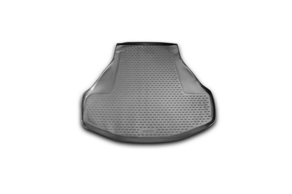 Коврик автомобильный Novline-Autofamily для Honda Accord седан 2013-, в багажникNLC.18.29.B10Автомобильный коврик Novline-Autofamily, изготовленный из полиуретана, позволит вам без особых усилий содержать в чистоте багажный отсек вашего авто и при этом перевозить в нем абсолютно любые грузы. Этот модельный коврик идеально подойдет по размерам багажнику вашего автомобиля. Такой автомобильный коврик гарантированно защитит багажник от грязи, мусора и пыли, которые постоянно скапливаются в этом отсеке. А кроме того, поддон не пропускает влагу. Все это надолго убережет важную часть кузова от износа. Коврик в багажнике сильно упростит для вас уборку. Согласитесь, гораздо проще достать и почистить один коврик, нежели весь багажный отсек. Тем более, что поддон достаточно просто вынимается и вставляется обратно. Мыть коврик для багажника из полиуретана можно любыми чистящими средствами или просто водой. При этом много времени у вас уборка не отнимет, ведь полиуретан устойчив к загрязнениям. Если вам приходится перевозить в багажнике тяжелые грузы,...