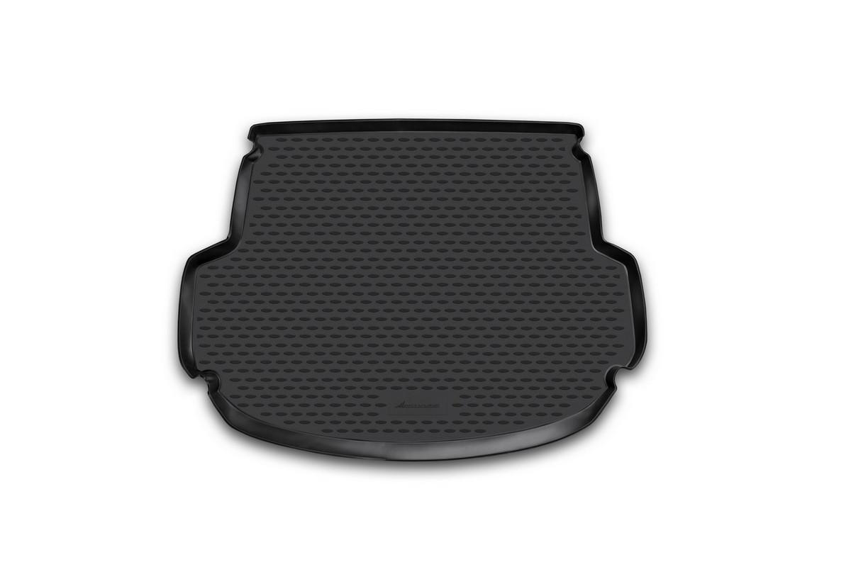 Коврик автомобильный Novline-Autofamily для Hyundai Santa Fe кроссовер 5 мест 2012-, в багажникNLC.20.53.B13Автомобильный коврик Novline-Autofamily, изготовленный из полиуретана, позволит вам без особых усилий содержать в чистоте багажный отсек вашего авто и при этом перевозить в нем абсолютно любые грузы. Этот модельный коврик идеально подойдет по размерам багажнику вашего автомобиля. Такой автомобильный коврик гарантированно защитит багажник от грязи, мусора и пыли, которые постоянно скапливаются в этом отсеке. А кроме того, поддон не пропускает влагу. Все это надолго убережет важную часть кузова от износа. Коврик в багажнике сильно упростит для вас уборку. Согласитесь, гораздо проще достать и почистить один коврик, нежели весь багажный отсек. Тем более, что поддон достаточно просто вынимается и вставляется обратно. Мыть коврик для багажника из полиуретана можно любыми чистящими средствами или просто водой. При этом много времени у вас уборка не отнимет, ведь полиуретан устойчив к загрязнениям. Если вам приходится перевозить в багажнике тяжелые грузы,...