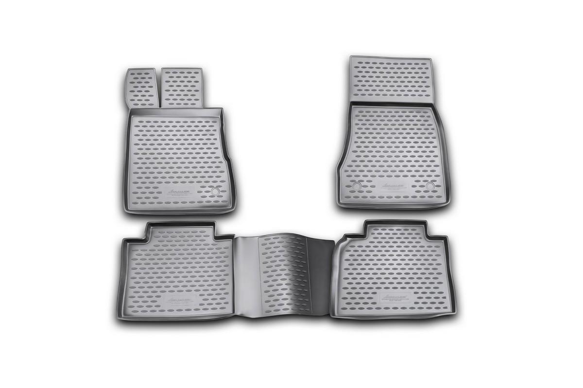 Набор автомобильных ковриков Novline-Autofamily для Mercedes-Benz S-Klasse W220 long 1998-2005, в салон, 4 штNLC.34.35.210kНабор автомобильных ковриков Novline-Autofamily, изготовленный из полиуретана, состоит из 4 ковриков, которые учитывают все особенности каждой модели автомобиля и полностью повторяют контуры пола. Полиуретановые автомобильные коврики для салона произведены из высококачественного материала, который держит форму, прочный и не пачкает обувь. Коврики в салон не только улучшат внешний вид салона вашего автомобиля, но и надежно уберегут его от пыли, грязи и сырости, а значит, защитят кузов от коррозии. Полиуретановые коврики для автомобиля гладкие, приятные и не пропускают влагу. Ковры для автомобилей надежно крепятся на полу и не скользят, что очень важно во время движения. Чистятся коврики очень просто: как при помощи автомобильного пылесоса, так и различными моющими средствами. Набор подходит для Mercedes-Benz S-Klasse W220 long 1998-2005 годов выпуска.