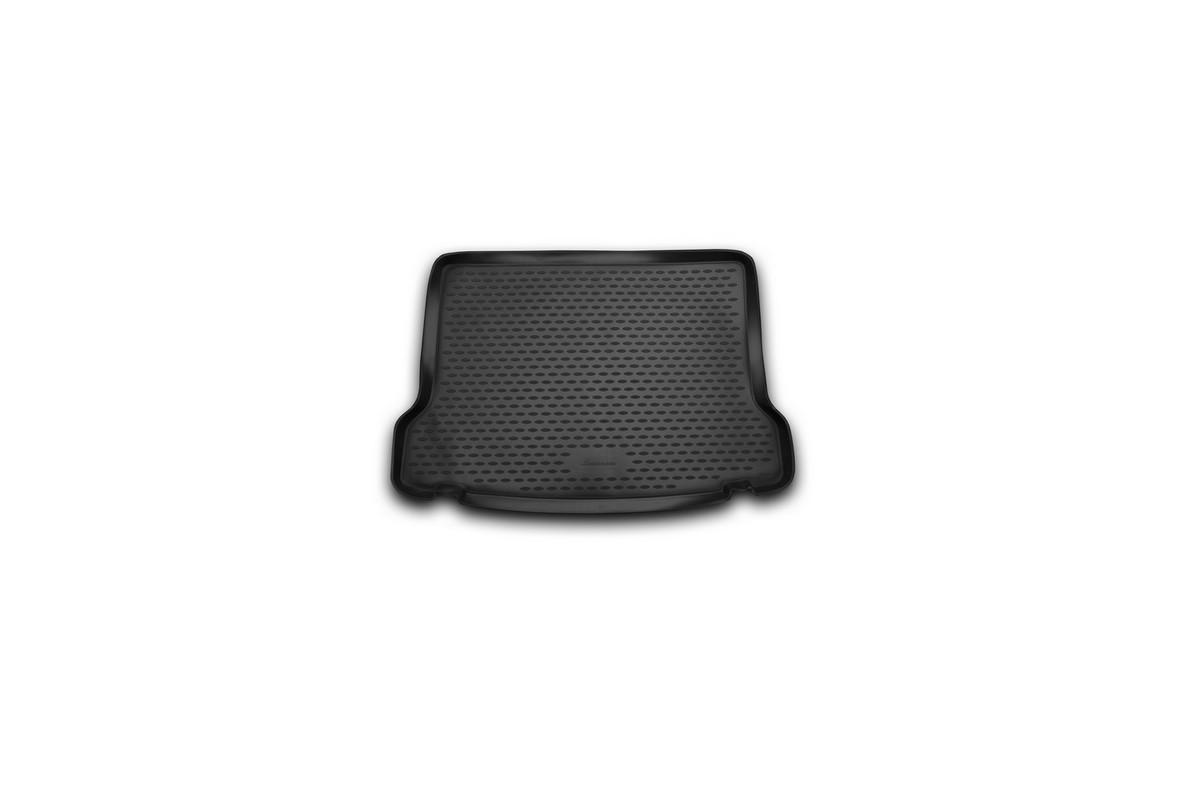 Коврик в багажник автомобиля Novline-Autofamily для Mercedes-Benz GLA, 2015 -NLC.34.45.B13Автомобильный коврик в багажник позволит вам без особых усилий содержать в чистоте багажный отсек вашего авто и при этом перевозить в нем абсолютно любые грузы. Такой автомобильный коврик гарантированно защитит багажник вашего автомобиля от грязи, мусора и пыли, которые постоянно скапливаются в этом отсеке. А кроме того, поддон не пропускает влагу. Все это надолго убережет важную часть кузова от износа. Мыть коврик для багажника из полиуретана можно любыми чистящими средствами или просто водой. При этом много времени уборка не отнимет, ведь полиуретан устойчив к загрязнениям. Если вам приходится перевозить в багажнике тяжелые грузы, за сохранность автоковрика можете не беспокоиться. Он сделан из прочного материала, который не деформируется при механических нагрузках и устойчив даже к экстремальным температурам. А кроме того, коврик для багажника надежно фиксируется и не сдвигается во время поездки - это дополнительная гарантия сохранности вашего багажа.
