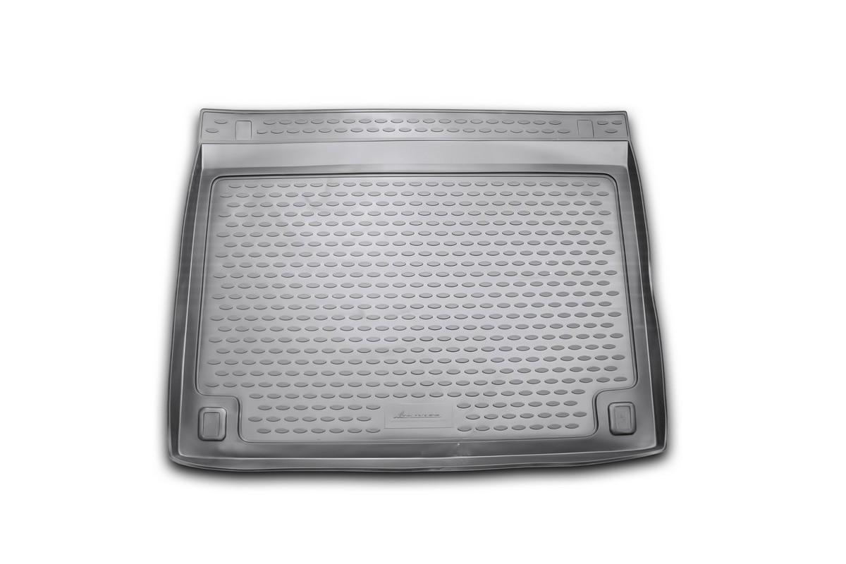 Коврик автомобильный Novline-Autofamily для Toyota FJ Cruiser 2006-, в багажникNLC.48.43.B13Автомобильный коврик Novline-Autofamily, изготовленный из полиуретана, позволит вам без особых усилий содержать в чистоте багажный отсек вашего авто и при этом перевозить в нем абсолютно любые грузы. Этот модельный коврик идеально подойдет по размерам багажнику вашего автомобиля. Такой автомобильный коврик гарантированно защитит багажник от грязи, мусора и пыли, которые постоянно скапливаются в этом отсеке. А кроме того, поддон не пропускает влагу. Все это надолго убережет важную часть кузова от износа. Коврик в багажнике сильно упростит для вас уборку. Согласитесь, гораздо проще достать и почистить один коврик, нежели весь багажный отсек. Тем более, что поддон достаточно просто вынимается и вставляется обратно. Мыть коврик для багажника из полиуретана можно любыми чистящими средствами или просто водой. При этом много времени у вас уборка не отнимет, ведь полиуретан устойчив к загрязнениям. Если вам приходится перевозить в багажнике тяжелые грузы,...