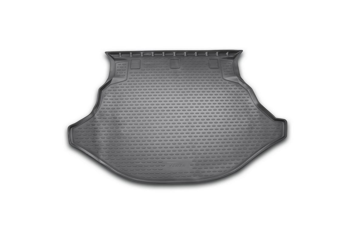 Коврик автомобильный Novline-Autofamily для Toyota Venza кроссовер 2013-, в багажникNLC.48.67.B13Автомобильный коврик Novline-Autofamily, изготовленный из полиуретана, позволит вам без особых усилий содержать в чистоте багажный отсек вашего авто и при этом перевозить в нем абсолютно любые грузы. Этот модельный коврик идеально подойдет по размерам багажнику вашего автомобиля. Такой автомобильный коврик гарантированно защитит багажник от грязи, мусора и пыли, которые постоянно скапливаются в этом отсеке. А кроме того, поддон не пропускает влагу. Все это надолго убережет важную часть кузова от износа. Коврик в багажнике сильно упростит для вас уборку. Согласитесь, гораздо проще достать и почистить один коврик, нежели весь багажный отсек. Тем более, что поддон достаточно просто вынимается и вставляется обратно. Мыть коврик для багажника из полиуретана можно любыми чистящими средствами или просто водой. При этом много времени у вас уборка не отнимет, ведь полиуретан устойчив к загрязнениям. Если вам приходится перевозить в багажнике тяжелые грузы,...