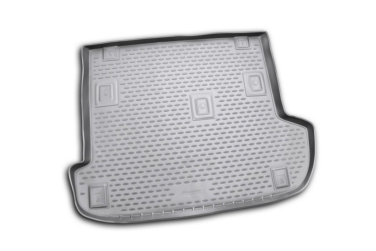 Коврик автомобильный Novline-Autofamily для Great Wall H5 кроссовер 2010-, в багажникNLC.59.10.B13Автомобильный коврик Novline-Autofamily, изготовленный из полиуретана, позволит вам без особых усилий содержать в чистоте багажный отсек вашего авто и при этом перевозить в нем абсолютно любые грузы. Этот модельный коврик идеально подойдет по размерам багажнику вашего автомобиля. Такой автомобильный коврик гарантированно защитит багажник от грязи, мусора и пыли, которые постоянно скапливаются в этом отсеке. А кроме того, поддон не пропускает влагу. Все это надолго убережет важную часть кузова от износа. Коврик в багажнике сильно упростит для вас уборку. Согласитесь, гораздо проще достать и почистить один коврик, нежели весь багажный отсек. Тем более, что поддон достаточно просто вынимается и вставляется обратно. Мыть коврик для багажника из полиуретана можно любыми чистящими средствами или просто водой. При этом много времени у вас уборка не отнимет, ведь полиуретан устойчив к загрязнениям. Если вам приходится перевозить в багажнике тяжелые грузы,...