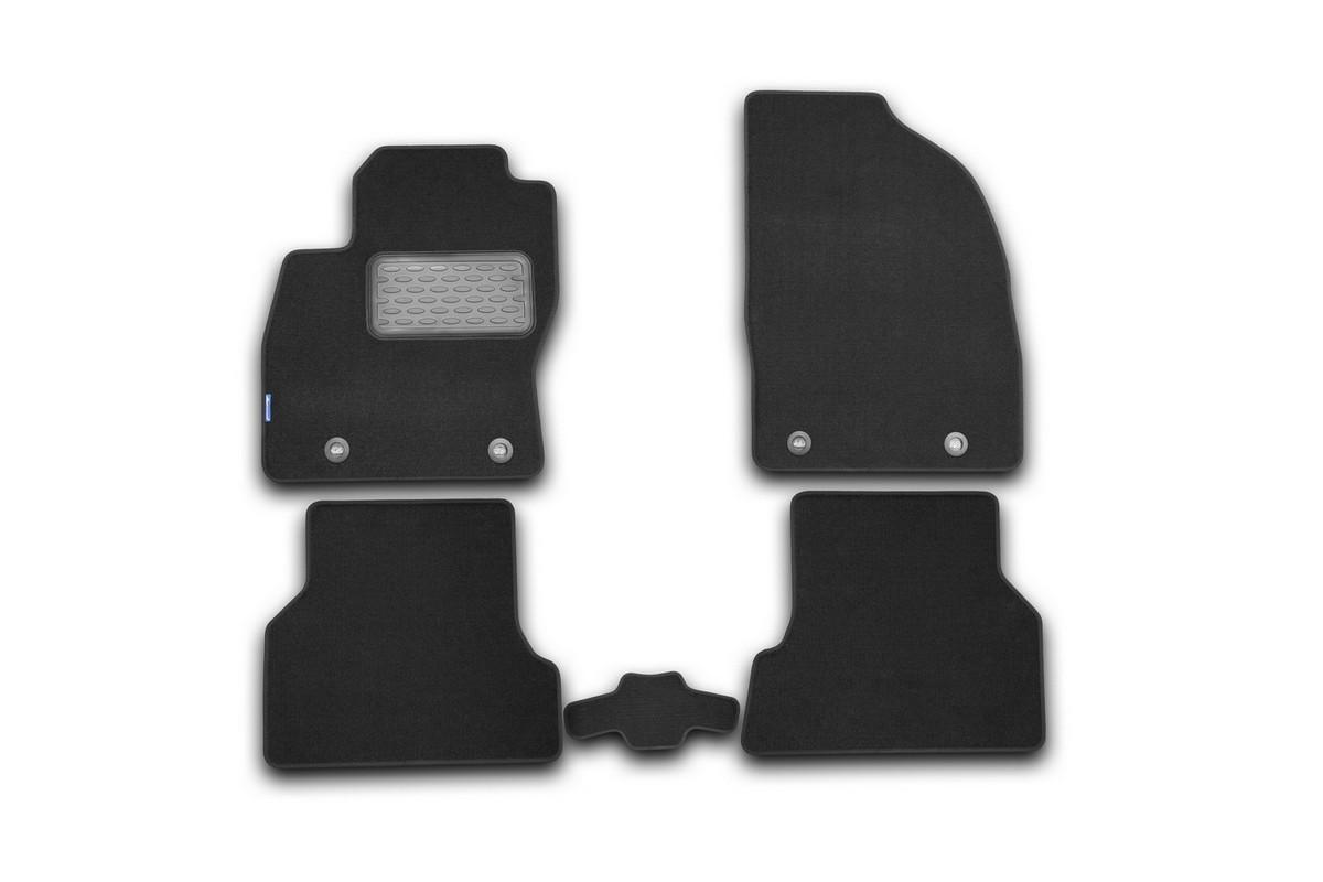 Набор автомобильных ковриков Novline-Autofamily для Ford Focus 2 2004-, седан, в салон, 5 шт. NLT.16.02.22.110khVT-1520(SR)Набор автомобильных ковриков Novline-Autofamily, изготовленный из текстиля, состоит из 5 ковриков, которые учитывают все особенности каждой модели автомобиля и полностью повторяют контуры пола. Текстильные автомобильные коврики для салона произведены из высококачественного материала, который держит форму, прочный и не пачкает обувь. Коврики в салон не только улучшат внешний вид салона вашего автомобиля, но и надежно уберегут его от пыли, грязи и сырости, а значит, защитят кузов от коррозии. Текстильные коврики для автомобиля мягкие и приятные, а их основа из вспененного полиуретана не пропускает влагу. Ковры для автомобилей надежно крепятся на полу и не скользят, что очень важно во время движения. Чистятся коврики очень просто: как при помощи автомобильного пылесоса, так и различными моющими средствами. Набор подходит для Ford Focus 2 седан с 2004 года выпуска.